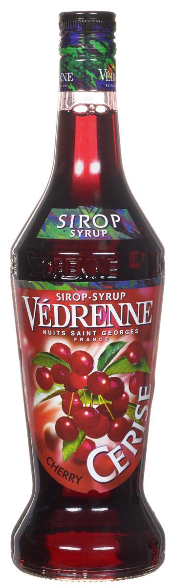 Vedrenne Вишня сироп, 0,7 лSVDRCE-070B01Сироп Вишня является настоящей классикой в сфере миксологии, так как он сочетается практически с любыми напитками и сладкими блюдами. Главными компонентами сиропа являются очищенная вода, сгущенный раствор сахара и натуральное ягодное сырье (вишневый сок или пюре), прошедшее соответствующую обработку.Сиропы изготавливаются на основе натурального растительного сырья, фруктовых и ягодных соков прямого отжима, цитрусовых настоев, а также с использованием очищенной воды без вредных примесей, что позволяет выдержать все ценные и полезные свойства натуральных фруктово-ягодных плодов и трав. В состав сиропов входит только натуральный сахар, произведенный по традиционной технологии из сахарозы. Благодаря высокому содержанию концентрированного фруктового сока, сиропы Vedrenne обладают изысканным ароматом и натуральным вкусом, являются эффективным подсластителем при незначительной калорийности. Они оптимизируют уровень влажности и процесс кристаллизации десертов, хорошо смешиваются с другими ингредиентами и способствуют улучшению вкусовых качеств напитков и десертов.Сиропы Vedrenne разливаются в стеклянные бутылки с яркими этикетками, на которых изображен фрукт, ягода или другой ингредиент, определяющий вкусовые оттенки того или иного продукта Vedrenne. Емкости с сиропами Vedrenne герметичны, поэтому не позволяют содержимому контактировать с микроорганизмами и другими губительными внешними воздействиями. Кроме того, стеклянные бутылки выглядят оригинально и стильно.В настоящее время компания Vedrenne считается одним из лучших производителей высококлассных сиропов, отличающихся натуральным вкусом, а также насыщенным ароматом и глубоким цветом. Фруктовые сиропы Vedrenne пользуются большой популярностью не только во Франции (где их широко используют как в сегменте HoReCa, так и в домашних условиях), но и экспортируются более чем в 50 стран мира.Цвет: глубокий гранатовыйАромат: изящный аромат раскрывается нотами спелых вишенВкус: сочный, яг