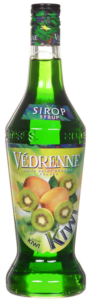 Vedrenne Киви сироп, 0,7 лSVDRKI-070B01Сироп Киви можно добавлять в кофе, лимонад, компот, холодный чай, молоко, соки, различные коктейли (безалкогольные или алкогольные), мороженое. Кроме того, он прекрасно сочетается с содовой, различными десертами, сорбетами, тониками, минеральной водой, фруктовыми салатами. Большой популярностью сиропы Киви пользуются у профессиональных барменов и бариста, которые любят напиток за его специфический привкус с заметной кислинкой.Сиропы изготавливаются на основе натурального растительного сырья, фруктовых и ягодных соков прямого отжима, цитрусовых настоев, а также с использованием очищенной воды без вредных примесей, что позволяет выдержать все ценные и полезные свойства натуральных фруктово-ягодных плодов и трав. В состав сиропов входит только натуральный сахар, произведенный по традиционной технологии из сахарозы. Благодаря высокому содержанию концентрированного фруктового сока, сиропы Vedrenne обладают изысканным ароматом и натуральным вкусом, являются эффективным подсластителем при незначительной калорийности. Они оптимизируют уровень влажности и процесс кристаллизации десертов, хорошо смешиваются с другими ингредиентами и способствуют улучшению вкусовых качеств напитков и десертов.Сиропы Vedrenne разливаются в стеклянные бутылки с яркими этикетками, на которых изображен фрукт, ягода или другой ингредиент, определяющий вкусовые оттенки того или иного продукта Vedrenne. Емкости с сиропами Vedrenne герметичны, поэтому не позволяют содержимому контактировать с микроорганизмами и другими губительными внешними воздействиями. Кроме того, стеклянные бутылки выглядят оригинально и стильно.В настоящее время компания Vedrenne считается одним из лучших производителей высококлассных сиропов, отличающихся натуральным вкусом, а также насыщенным ароматом и глубоким цветом. Фруктовые сиропы Vedrenne пользуются большой популярностью не только во Франции (где их широко используют как в сегменте HoReCa, так и в домашних условиях), но и экспортиру