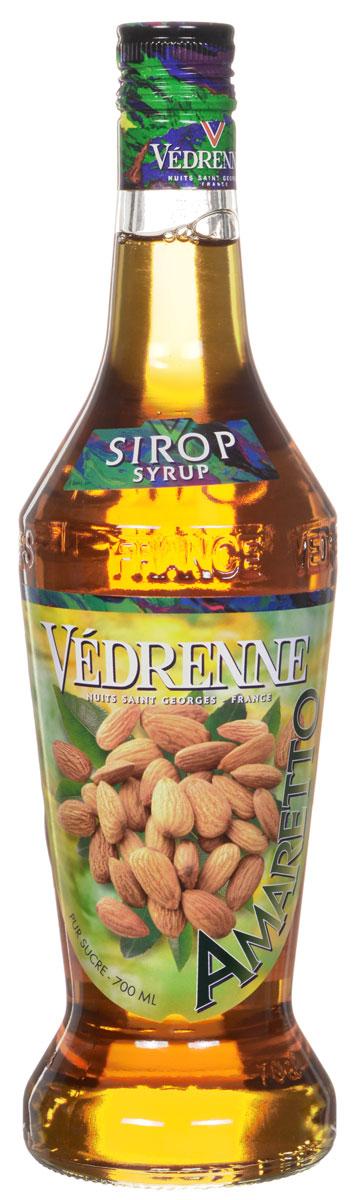 Vedrenne Амаретто сироп, 0,7 лSVDRAM-070B01Сироп Амаретто – изысканный напиток для самых утонченных ценителейэкзотических вкусов и ароматов. Он представляет собой густую аппетитнуюконсистенцию с яркими оттенками всемирно известного итальянского ликераАмаретто.Сироп Амаретто изготавливается на основе отборных спелых абрикосов сдобавлением ароматных восточных пряностей. Кроме того, в сироп добавляюточищенную родниковую воду и сахар. Сироп Амаретто обладает красивымзолотистым цветом, удивительный аромат очаровывает акцентами бархатныхабрикосов и нотками миндаля.Сиропы изготавливаются на основе натурального растительного сырья,фруктовых и ягодных соков прямого отжима, цитрусовых настоев, а также сиспользованием очищенной воды без вредных примесей, что позволяетвыдержать все ценные и полезные свойства натуральных фруктово-ягодныхплодов и трав. В состав сиропов входит только натуральный сахар,произведенный по традиционной технологии из сахарозы. Благодаря высокомусодержанию концентрированного фруктового сока, сиропы Vedrenne обладаютизысканным ароматом и натуральным вкусом, являются эффективнымподсластителем при незначительной калорийности. Они оптимизируют уровеньвлажности и процесс кристаллизации десертов, хорошо смешиваются с другимиингредиентами и способствуют улучшению вкусовых качеств напитков идесертов.Сиропы Vedrenne разливаются в стеклянные бутылки с яркими этикетками, накоторых изображен фрукт, ягода или другой ингредиент, определяющийвкусовые оттенки того или иного продукта Vedrenne. Емкости с сиропамиVedrenne герметичны, поэтому не позволяют содержимому контактировать смикроорганизмами и другими губительными внешними воздействиями. Крометого, стеклянные бутылки выглядят оригинально и стильно.В настоящее время компания Vedrenne считается одним из лучшихпроизводителей высококлассных сиропов, отличающихся натуральным вкусом, атакже насыщенным ароматом и глубоким цветом. Фруктовые сиропы Vedrenneпользуются большой популярностью не только во Франции (где их широкои