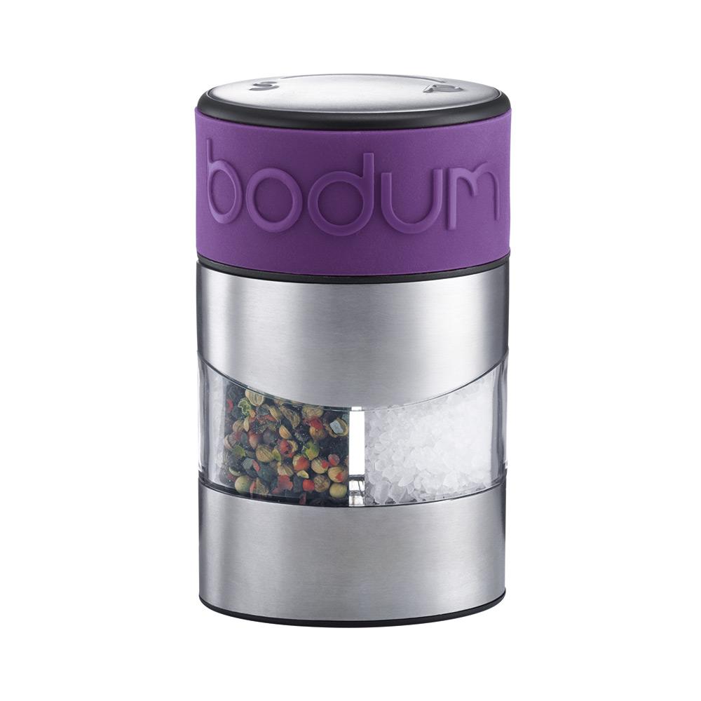Мельница для перца и соли Bodum Twin, цвет: фиолетовыйA11002-914-Y15Мельница для перца и соли Bodum Twin, выполненная из прозрачного стекла и нержавеющей стали, позволяет солить и перчить одновременно. В верхней части мельницы имеется цветная силиконовая вставка. Мельница легка в использовании: одним поворотом силиконовой части мельницы приспособление переключается с солонки на перечницу, и вы сможете поперчить или добавить соль по своему вкусу в любое блюдо. Прочный керамический механизм позволяет молоть практически без усилий. Благодаря прозрачной конструкции легко определить, когда соль или перец заканчиваются. Оригинальная мельница модного дизайна будет отлично смотреться на вашей кухне и станет незаменимым предметом при приготовлении пищи.Мельниц уже содержит внутри соль и перец.Размер мельницы: 6,5 см х 6,5 см х 11 см.