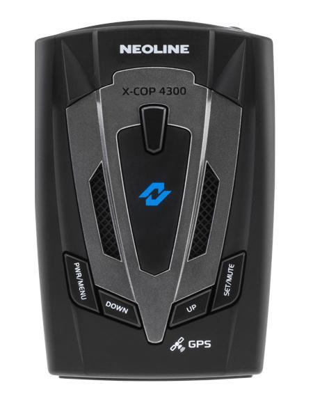 Neoline X-COP 4300, Black радар-детекторX-COP 4300Повышенная чувствительность (SDTCT Plus)Neoline X-COP 4300 создан на базе новой платформы повышенной чувствительностиSDTCT Plus, котораягарантирует своевременное обнаружение сигналов широкого спектра диапазонов, в томчисле маломощныхполицейский радаров.GPS-база полицейских радаровВ устройство интегрирован GPS-модуль, отвечающий за обнаружение точек координат полицейских радаров, которые были ранее установлены в базу GPS. Также как и свои предшественники, Х-СОР 4300 имеет встроенную базу радаров России, Беларуси, Казахстана, Украины, Европы, Азербайджана, Армении. Для использования устройства в странах ЕС, где запрещено использование радиомодуля, необходимо отключить все диапазоны частот, при этом только GPS-модуль останется активным. Радиомодульобнаружения полицейских радаров СтрелкаНовое устройство оснащено дополнительным радиомодулем обнаружения полицейскогорадара Стрелка,который работает в диапазоне К (24.150 Ггц). Neoline X-COP 4300 поможет обнаружитьСтрелку при любыхпогодных условиях и вне зависимости от элементов ландшафта.ТаблицарадаровАвтодория Neoline X-COP 4300 настроен на обнаружение самых современных камер системы«АВТОДОРИЯ», которые спомощью видеоблока и технологии оптического распознавания госномера контролируютсреднюю скоростьавтомобиля на участке дороги от 500 м. до 10 км.Neoline X-COP 4300 предупредит водителя о таких камерах и проинформирует опревышении разрешеннойскорости на участке дороги.Стрелка Neoline X-COP 4300 имеет встроенный дополнительный модуль обнаруженияполицейского радара Стрелка-СТ иСтрелка-М (24.150 Ггц) и уверенно обнаруживает «неуловимый» радар на расстоянии до1,5 км. Маломощные радары (Кречет, Сокол, Робот, Крис, Арена, MESTA и др.)Новейшая платформа SDTCT Plus и специальная настройка ПО позволяет увереннодетектировать «слабые»сигналы, получаемые от маломощных полицейских радаров. Антенна радар-детектораболее чувствительна кпоступающим сигналам, что также положительно сказывается 