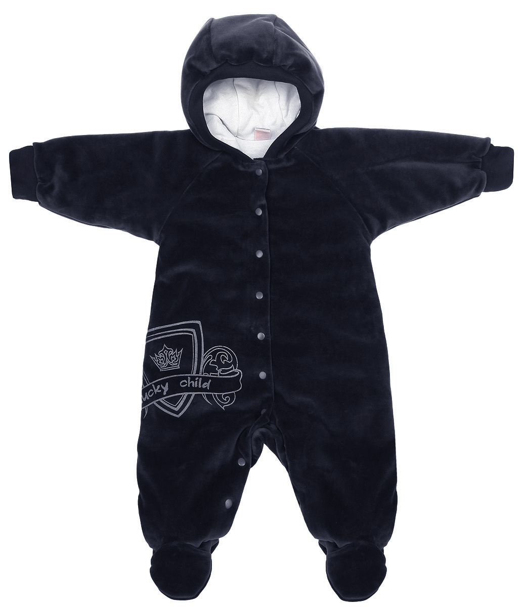 Комбинезон детский Lucky Child, цвет: темно-синий, белый. 5-1. Размер 62/685-1Детский комбинезон Lucky Child - очень удобный и практичный вид одежды для малышей. Комбинезон выполнен из велюра на подкладке из натурального хлопка, благодаря чему он необычайно мягкий и приятный на ощупь, не раздражают нежную кожу ребенка и хорошо вентилируются, а эластичные швы приятны телу младенца и не препятствуют его движениям. В качестве утеплителя используется синтепон. Комбинезон с капюшоном, длинными рукавами-реглан и закрытыми ножками по центру застегивается на металлические застежки-кнопки, также имеются застежки-кнопки на ластовице, что помогает с легкостью переодеть младенца или сменить подгузник. Капюшон по краю дополнен широкой трикотажной резинкой. Рукава понизу дополнены широкими эластичными манжетами, которые мягко обхватывают запястья. Спереди изделие оформлено оригинальным принтом в виде логотипа бренда. С детским комбинезоном Lucky Child спинка и ножки вашего малыша всегда будут в тепле. Комбинезон полностью соответствует особенностям жизни младенца в ранний период, не стесняя и не ограничивая его в движениях!