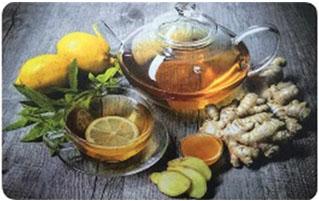 Коврик для кухни Имбирный чай, 45 см х 75 см, SUNSTEP37-702Коврик для кухни Имбирный чай выполнен из полиэстера.Кухонный коврикможно использовать в качестве подставки на обеденном или разделочном столе, положить в сушилку или выдвижной ящик для столовых приборов.Изделие оформлено оригинальным принтом.