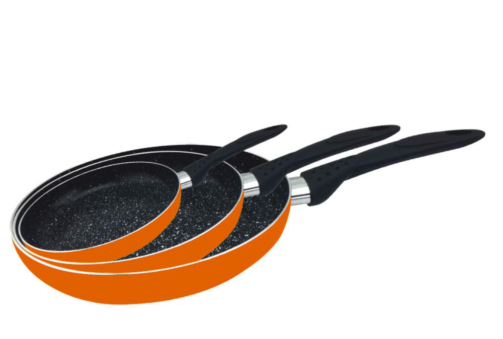 Набор сковородок Calve, с антипригарным покрытием, цвет: оранжевый, 3 предмета. CL-1106CL-1106Набор Calve состоит из 3 сковородок разного диаметра, изготовленных из высококачественного алюминия с внутренним антипригарным покрытием. С таким покрытием пища не пригорает и посуда легко моется. Дно изделий имеет специальную утяжеленную конструкцию, которая обеспечивает высокую теплопроводность. Сковороды снабжены удобными эргономичными бакелитовыми ручками, которые не позволят выскользнуть посуде из ваших рук.Внешнее цветное покрытие жаростойкое.Подходят для всех типов плит, кроме индукционных. Можно мыть в посудомоечной машине. Диаметр большой сковороды: 24 см.Высота стенки большой сковороды: 4 см.Длина ручки большой сковороды: 16 см.Диаметр средней сковороды: 20 см.Высота стенки средней сковороды: 4 см.Длина ручки средней сковороды: 16 см.Диаметр малой сковороды: 16 см.Высота стенки малой сковороды: 4 см.Длина ручки малой сковороды: 16 см.