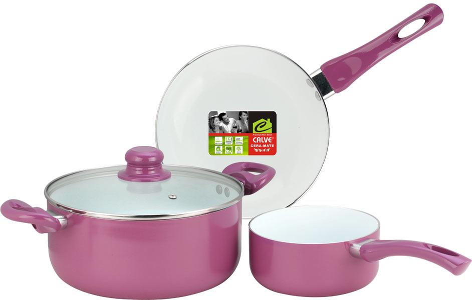 Набор кухонной посуды Calve, керамическое покрытие, 4 предмета. CL-1923CL-1923Набор посуды Calve включает сотейник, сковороду и кастрюлю с крышкой. Набор выполнен из высококачественного алюминия с внутренним керамическим покрытием. Данное покрытие не содержит примеси PFOA, экологично и безопасно для здоровья. Высокая прочность покрытия позволяет ему выдерживать температуру до 450°С, также можно использовать металлические лопатки - покрытие устойчиво к появлению царапин и повреждениям. Внешнее цветное покрытие выдерживает высокие температуры. Посуда снабжена бакелитовыми не нагревающимися ручками удобной формы. Посуда равномерно нагревается и доводит блюда до готовности. Крышка изготовлена из жаропрочного стекла. Посуда подходит для всех типов плит, кроме индукционных. Можно мыть в посудомоечной машине.