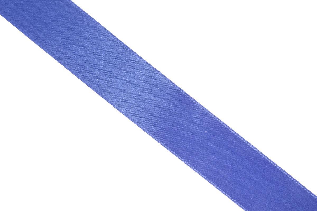 Лента атласная Prym, цвет: синий, ширина 25 мм, длина 25 м695804_54Атласная лента Prym изготовлена из 100% полиэстера. Область применения атласной ленты весьма широка. Изделие предназначено для оформления цветочных букетов, подарочных коробок, пакетов. Кроме того, она с успехом применяется для художественного оформления витрин, праздничного оформления помещений, изготовления искусственных цветов. Ее также можно использовать для творчества в различных техниках, таких как скрапбукинг, оформление аппликаций, для украшения фотоальбомов, подарков, конвертов, фоторамок, открыток и многого другого.Ширина ленты: 25 мм.Длина ленты: 25 м.