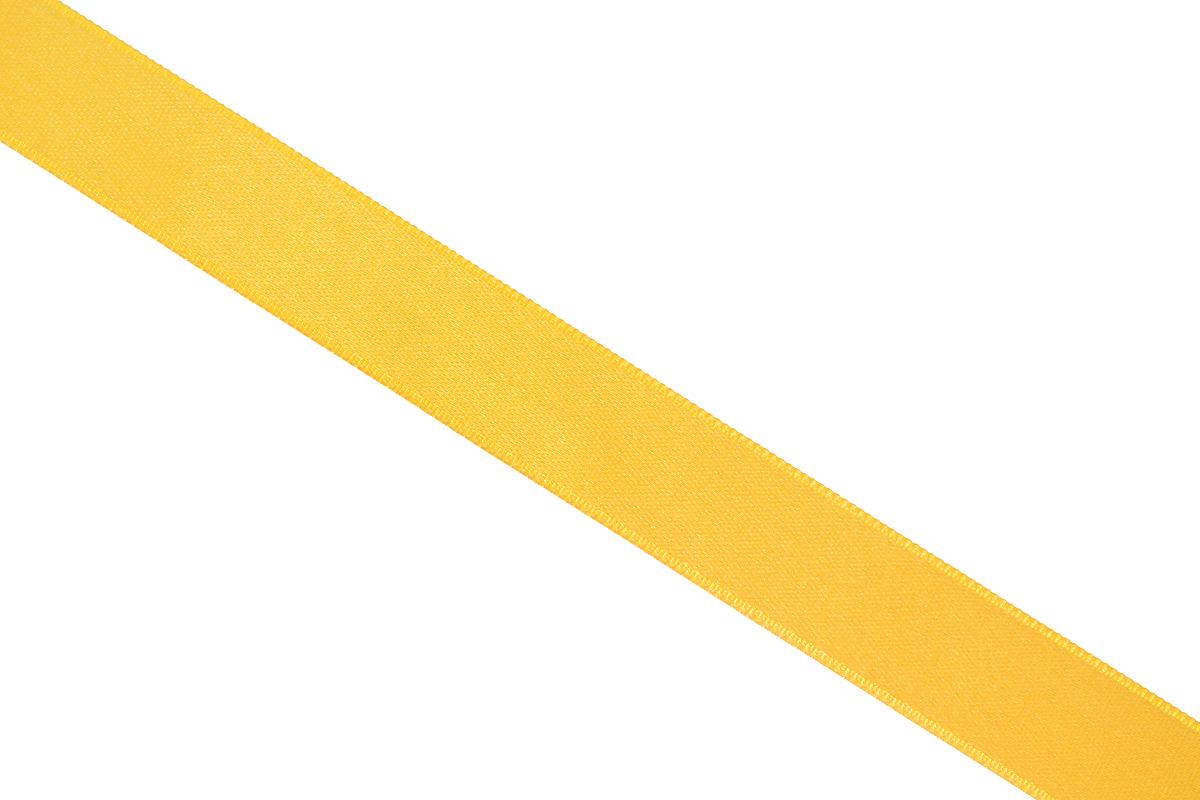 Лента атласная Prym, цвет: золотистый, ширина 15 мм, длина 25 м695803_20Атласная лента Prym изготовлена из 100% полиэстера. Область применения атласной ленты весьма широка. Изделие предназначено для оформления цветочных букетов, подарочных коробок, пакетов. Кроме того, она с успехом применяется для художественного оформления витрин, праздничного оформления помещений, изготовления искусственных цветов. Ее также можно использовать для творчества в различных техниках, таких как скрапбукинг, оформление аппликаций, для украшения фотоальбомов, подарков, конвертов, фоторамок, открыток и многого другого.Ширина ленты: 15 мм.Длина ленты: 25 м.
