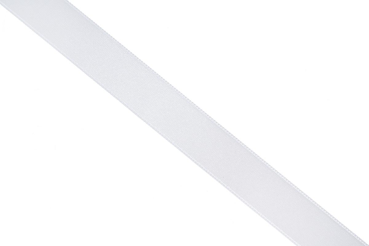 Лента атласная Prym, цвет: серебристый, ширина 15 мм, длина 25 м695803_6Атласная лента Prym изготовлена из 100% полиэстера. Область применения атласной ленты весьма широка. Изделие предназначено для оформления цветочных букетов, подарочных коробок, пакетов. Кроме того, она с успехом применяется для художественного оформления витрин, праздничного оформления помещений, изготовления искусственных цветов. Ее также можно использовать для творчества в различных техниках, таких как скрапбукинг, оформление аппликаций, для украшения фотоальбомов, подарков, конвертов, фоторамок, открыток и многого другого.Ширина ленты: 15 мм.Длина ленты: 25 м.