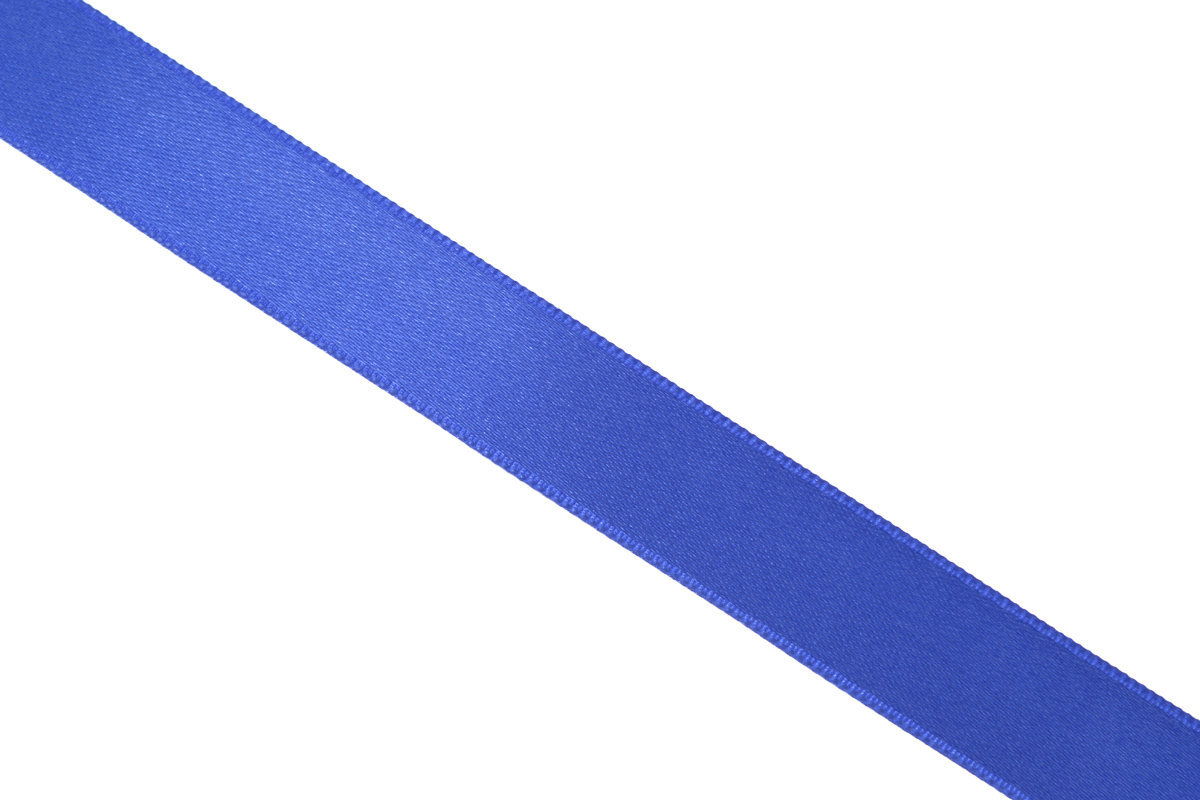 Лента атласная Prym, цвет: синий, ширина 15 мм, длина 25 м695803_54Атласная лента Prym изготовлена из 100% полиэстера. Область применения атласной ленты весьма широка. Изделие предназначено для оформления цветочных букетов, подарочных коробок, пакетов. Кроме того, она с успехом применяется для художественного оформления витрин, праздничного оформления помещений, изготовления искусственных цветов. Ее также можно использовать для творчества в различных техниках, таких как скрапбукинг, оформление аппликаций, для украшения фотоальбомов, подарков, конвертов, фоторамок, открыток и многого другого.Ширина ленты: 15 мм.Длина ленты: 25 м.