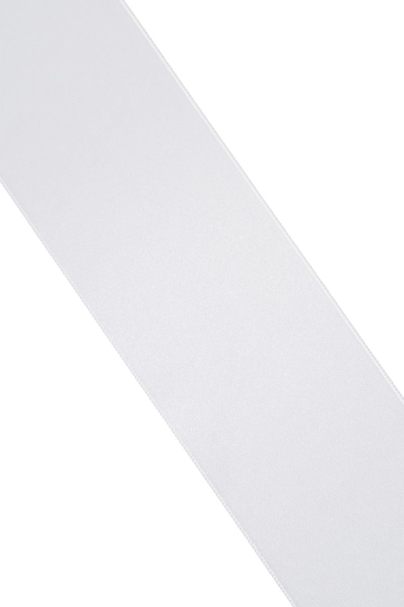 Лента атласная Prym, цвет: серебристый, ширина 50 мм, длина 25 м695807_6Атласная лента Prym изготовлена из 100% полиэстера. Область применения атласной ленты весьма широка. Изделие предназначено для оформления цветочных букетов, подарочных коробок, пакетов. Кроме того, она с успехом применяется для художественного оформления витрин, праздничного оформления помещений, изготовления искусственных цветов. Ее также можно использовать для творчества в различных техниках, таких как скрапбукинг, оформление аппликаций, для украшения фотоальбомов, подарков, конвертов, фоторамок, открыток и многого другого.Ширина ленты: 50 мм.Длина ленты: 25 м.