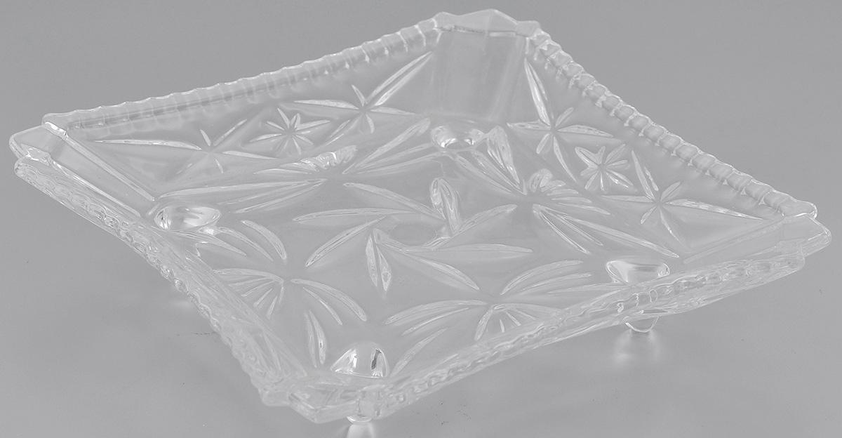 Блюдо Elan Gallery Звездочки, 17,5 х 17,5 см890040Блюдо Elan Gallery Звездочки, изготовленное из стекла, сочетает в себе изысканный дизайн с максимальной функциональностью. Красочность оформления придется по вкусу тем, кто предпочитает утонченность и изящность. Оригинальное блюдо украсит сервировку вашего стола и подчеркнет прекрасный вкус хозяйки, а также станет отличным подарком. Размер блюда (по верхнему краю): 17,5 см х 17,5 см.Высота: 3,5 см.