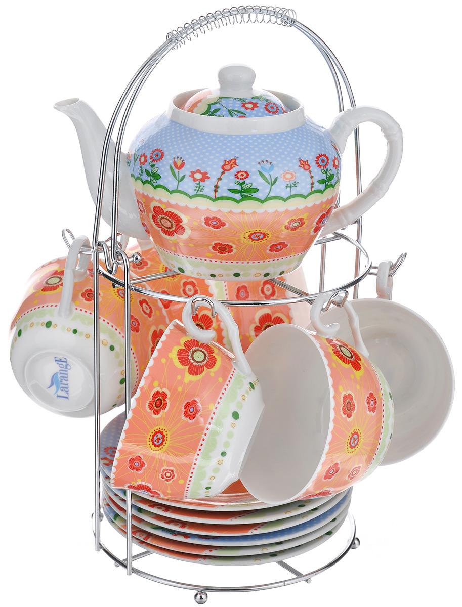 Набор чайный LarangE Фьюжн, 14 предметов586-341Чайный набор LarangE Фьюжн состоит из 6 чашек, 6 блюдец, чайника и подставки. Изделия выполнены из высококачественного фарфора и украшены ярким цветочным рисунком.Изящный чайный набор прекрасно оформит стол к чаепитию и станет замечательным подарком для любой хозяйки. Все изделия удобно располагаются на металлической подставке. Можно использовать в микроволновой печи. Объем чашки: 250 мл. Диаметр чашки (по верхнему краю): 9,5 см. Высота чашки: 6,2 см. Диаметр блюдца (по верхнему краю): 15 см. Высота блюдца: 2 см.Объем чайника: 600 мл. Высота чайника (без учета крышки): 9,5 см. Диаметр чайника (по верхнему краю): 7,2 см. Размер подставки: 17 см х 20 см 30 см.
