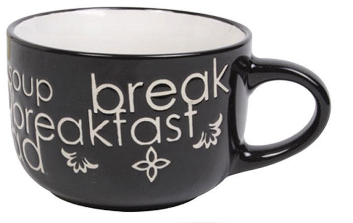 Чашка Wing Star Breakfast, цвет: черный, белый, 460 млLJ1061JM_черный, белыйЧашка Wing Star Breakfast изготовлена из керамики и украшена надписями Breakfast и Soup. Wing Star - качественная керамическая посуда из обожженной, глазурованной снаружи и изнутри глины с оригинальными рисунками. При изготовлении данной посуды широко используется рельефный способ нанесения декора, когда рельефная поверхность подготавливается в процессе формовки и изделие обрабатывается с уже готовым декором. Благодаря этому достигается эффект неровного на ощупь рисунка, как бы утопленного внутрь глазури и являющегося его естественным элементом.Диаметр (по верхнему краю): 11 см.