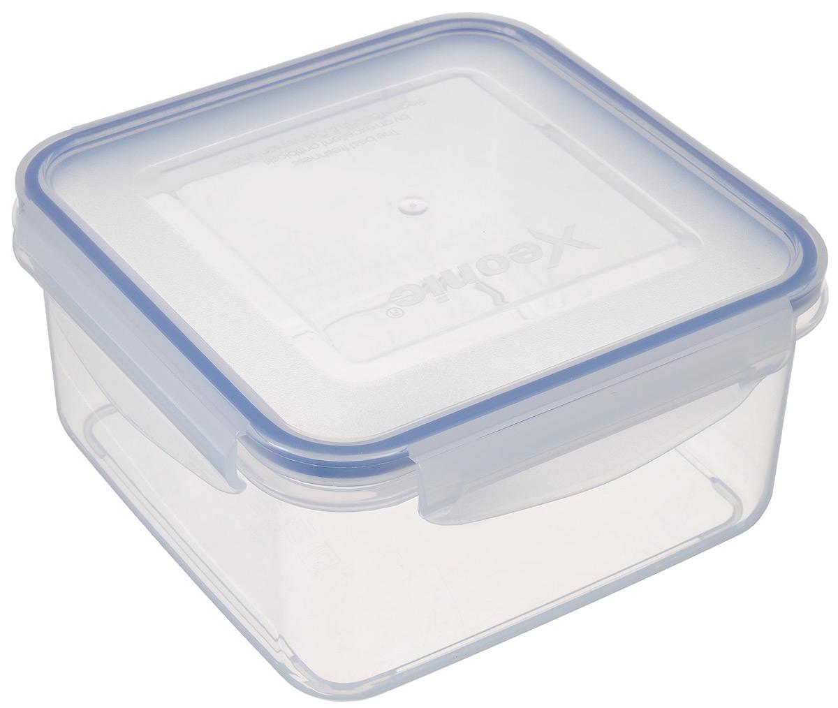 Контейнер пищевой Xeonic, 1,4 л810001Герметичный контейнер для хранения продуктов Xeonic произведен из высококачественного полипропилена. Изделие термоустойчиво, может быть использовано в микроволновой печи и в морозильной камере, устойчиво к воздействию масел и жиров, не впитывает запах. Контейнер удобен в использовании, долговечен, легко открывается и закрывается. Герметичность обеспечивается четырьмя защелками и силиконовой прослойкой на крышке. Контейнер компактен и не займет много места.Можно мыть в посудомоечной машине.