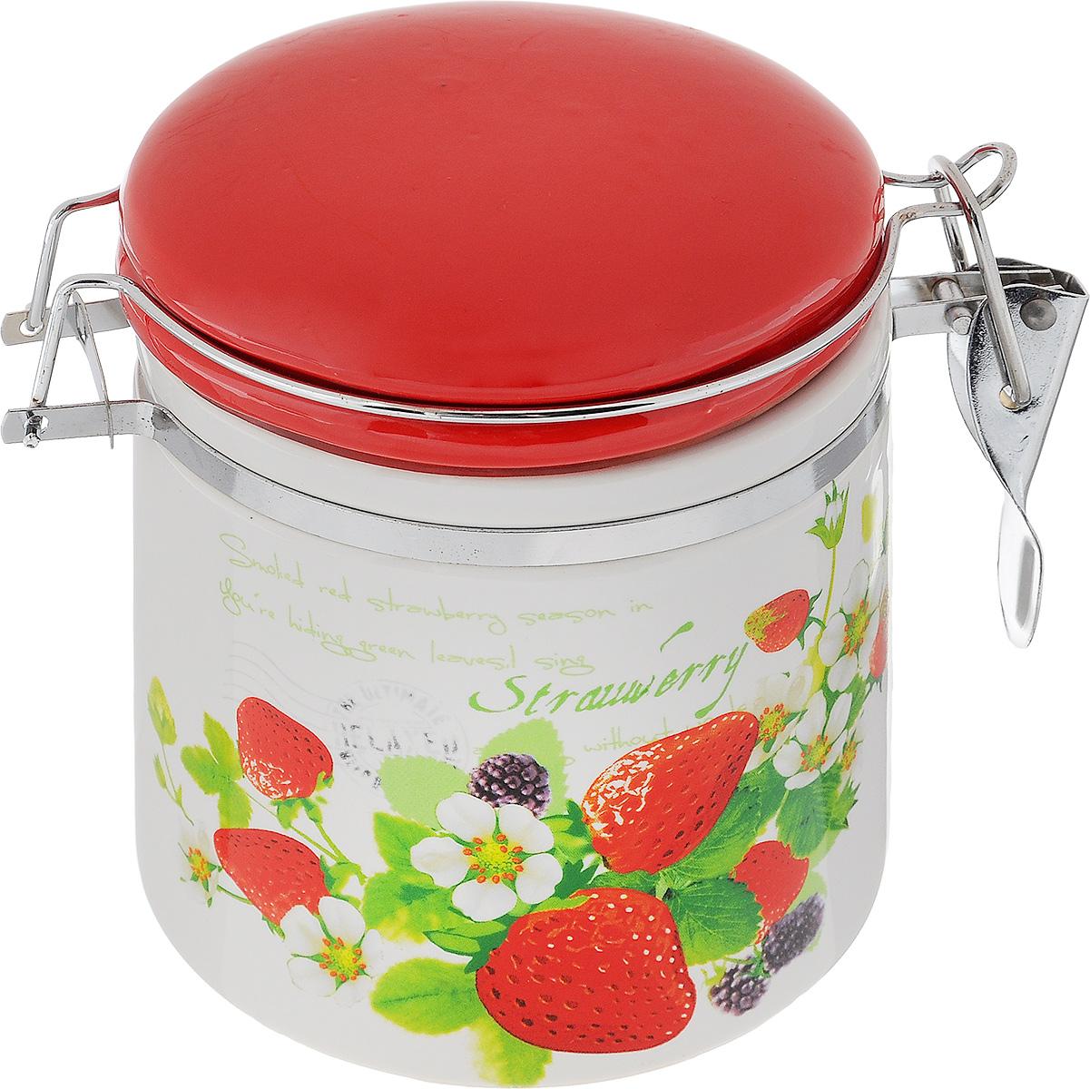 Банка для сыпучих продуктов Loraine, с зажимом-клипсой, 390 мл23740Банка для сыпучих продуктов Loraine изготовлена из прочной керамики высокого качества. Изделие оформлено изображением ягод. Гладкая и ровная поверхность обеспечивает легкую очистку. Банка прекрасно подойдет для хранения различных сыпучих продуктов: специй, чая, кофе, сахара, круп и многого другого. Крышка плотно закрывается с помощью металлического зажима-клипсы, дольше сохраняя свежесть продуктов. Можно использовать в микроволновой печи, холодильнике и мыть в посудомоечной машине. Диаметр банки (по верхнему краю): 9 см. Высота стенки банки: 9,5 см.