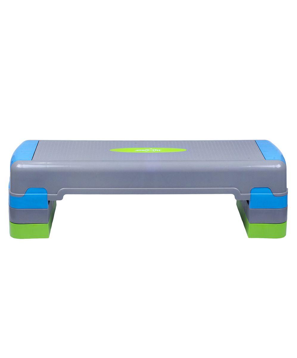 Степ-платформа Starfit SP-203, 3-уровневая, 90,5 х 32,5 х 20 смУТ-00007260Степ-платформа SP-203 предназначена для занятий аэробикой в фитнес-клубах, спортивных залах и для домашнего использования. С помощью тренажера можно оптимизировать нагрузку на мышцы ног и ягодиц, сделать мышцы тела подтянутыми и стройными. За счет высокоинтенсивной тренировки на степе, можно наладить работу сердечно-сосудистой системы. Степ-платформа один из самых популярных аксессуаров в фитнесе. Тренажер используют в функциональном тренинге, бодибилдинге, групповых программах. Количество уровней: 3. Высота платформы с уровнями: 20 см. Высота первого уровня: 10 см.