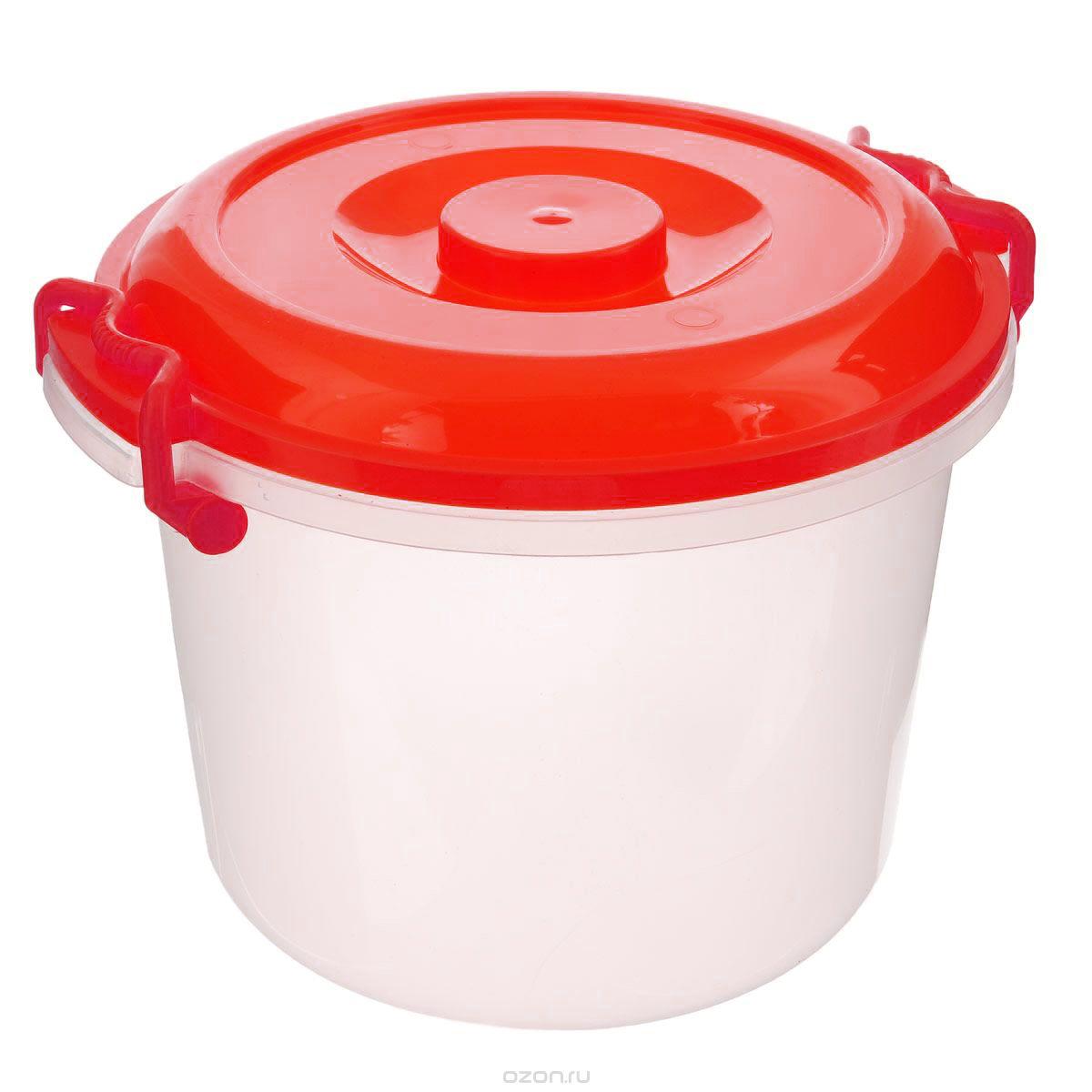 Контейнер Альтернатива, цвет: красный, прозрачный, 8 лM098_красныйКонтейнер Альтернатива изготовлен из высококачественного пищевого пластика. Изделие оснащено крышкой и ручками, которые плотно закрывают контейнер. Также на крышке имеется ручка для удобной переноски. Емкость предназначена для хранения различных бытовых вещей и продуктов.Такой контейнер очень функционален и всегда пригодится на кухне.Диаметр контейнера (по верхнему краю): 25 см. Высота контейнера (без учета крышки): 21 см. Объем: 8 л.