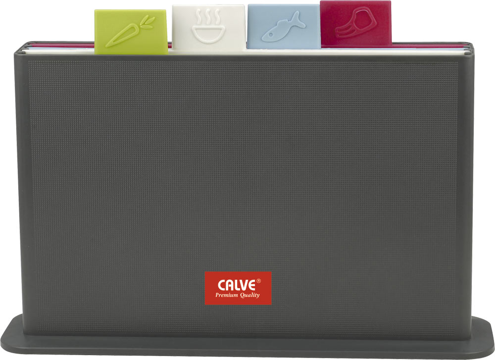Набор разделочных досок Calve Premium Quality, цвет: красный, белый, зеленый, синий, 30 х 20 см, 5 предметовCL-1371Набор Calve Premium Quality состоит из четырех прямоугольных разделочных досок, помещенных в подставку. Этоделает набор не только многофункциональным, но и очень удобным для хранения на кухне. Доски выполнены изпищевого пластика, и каждая доска имеет свой определенный цвет и ярлычок с изображениемпродуктов, для которых они предназначены. Качественное антибактериальное покрытиедосок препятствует размножению вредных микробов.Подставка изготовлена из пищевого пластика с отверстиями длястока воды. Основание подставки оснащено нескользящими резиновыми ножками. Набор разделочных досок Calve Premium Quality станет незаменимым и полезным аксессуаром на вашей кухне,который к тому же и стильно дополнит интерьер. Размер доски: 30 х 20 х 0,7 см. Размер подставки: 33,5 х 8,5 х 20 см.
