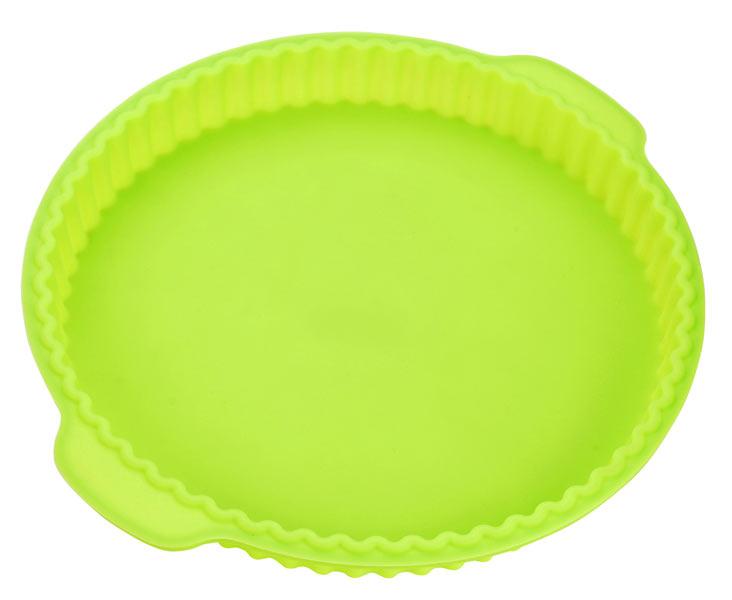 Форма для выпечки Calve, силиконовая, круглая, цвет: салатовый, 31,2 x 28 x 3,5 смCL-4601Форма для выпечки Calve, изготовленная из высококачественного силикона, выдерживающего температуру от -40°C до +230°C.Если вы любите побаловать своих домашних вкусным и ароматным угощением по вашему оригинальному рецепту, то форма Calve как раз то, что вам нужно!Можно использовать в духовом шкафу и микроволновой печи без использования режима гриль. Подходит для морозильной камеры и мытья в посудомоечной машине.Размер формы с учетом ручек: 31,2 x 28 см. Внутренний диаметр формы: 26 см. Высота формы: 3,5 см. Как выбрать форму для выпечки – статья на OZON Гид.