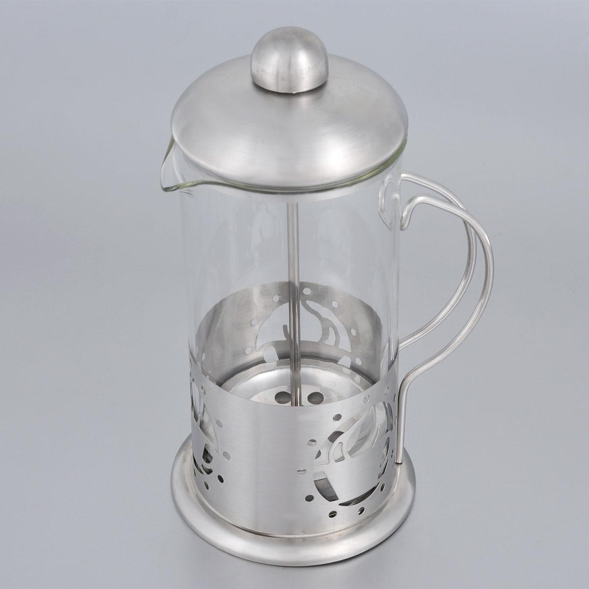 Френч-пресс Bohmann, 350 мл. 9535BH9535BHФренч-пресс Bohmann используется для заваривания крупнолистового чая, кофе среднего помола, травяных сборов. Изготовлен из высококачественной нержавеющей стали и термостойкого стекла, выдерживающего высокую температуру, что придает ему надежность и долговечность. Френч-пресс Bohmann незаменим для любителей чая и кофе.Можно мыть в посудомоечной машине.Объем: 350 мл.Высота (с учетом крышки): 18 см.Диаметр (по верхнему краю): 7,5 см.
