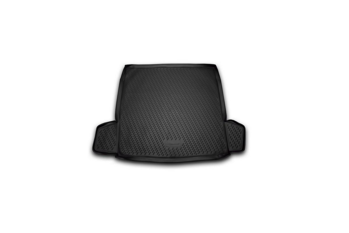 Коврик автомобильный Novline-Autofamily для Citroen C5 седан 01/2008-, в багажник. CARCRN00018CARCRN00018Автомобильный коврик Novline-Autofamily, изготовленный из полиуретана, позволит вам без особых усилий содержать в чистоте багажный отсек вашего авто и при этом перевозить в нем абсолютно любые грузы. Этот модельный коврик идеально подойдет по размерам багажнику вашего автомобиля. Такой автомобильный коврик гарантированно защитит багажник от грязи, мусора и пыли, которые постоянно скапливаются в этом отсеке. А кроме того, поддон не пропускает влагу. Все это надолго убережет важную часть кузова от износа. Коврик в багажнике сильно упростит для вас уборку. Согласитесь, гораздо проще достать и почистить один коврик, нежели весь багажный отсек. Тем более, что поддон достаточно просто вынимается и вставляется обратно. Мыть коврик для багажника из полиуретана можно любыми чистящими средствами или просто водой. При этом много времени у вас уборка не отнимет, ведь полиуретан устойчив к загрязнениям.Если вам приходится перевозить в багажнике тяжелые грузы, за сохранность коврика можете не беспокоиться. Он сделан из прочного материала, который не деформируется при механических нагрузках и устойчив даже к экстремальным температурам. А кроме того, коврик для багажника надежно фиксируется и не сдвигается во время поездки, что является дополнительной гарантией сохранности вашего багажа.Коврик имеет форму и размеры, соответствующие модели данного автомобиля.