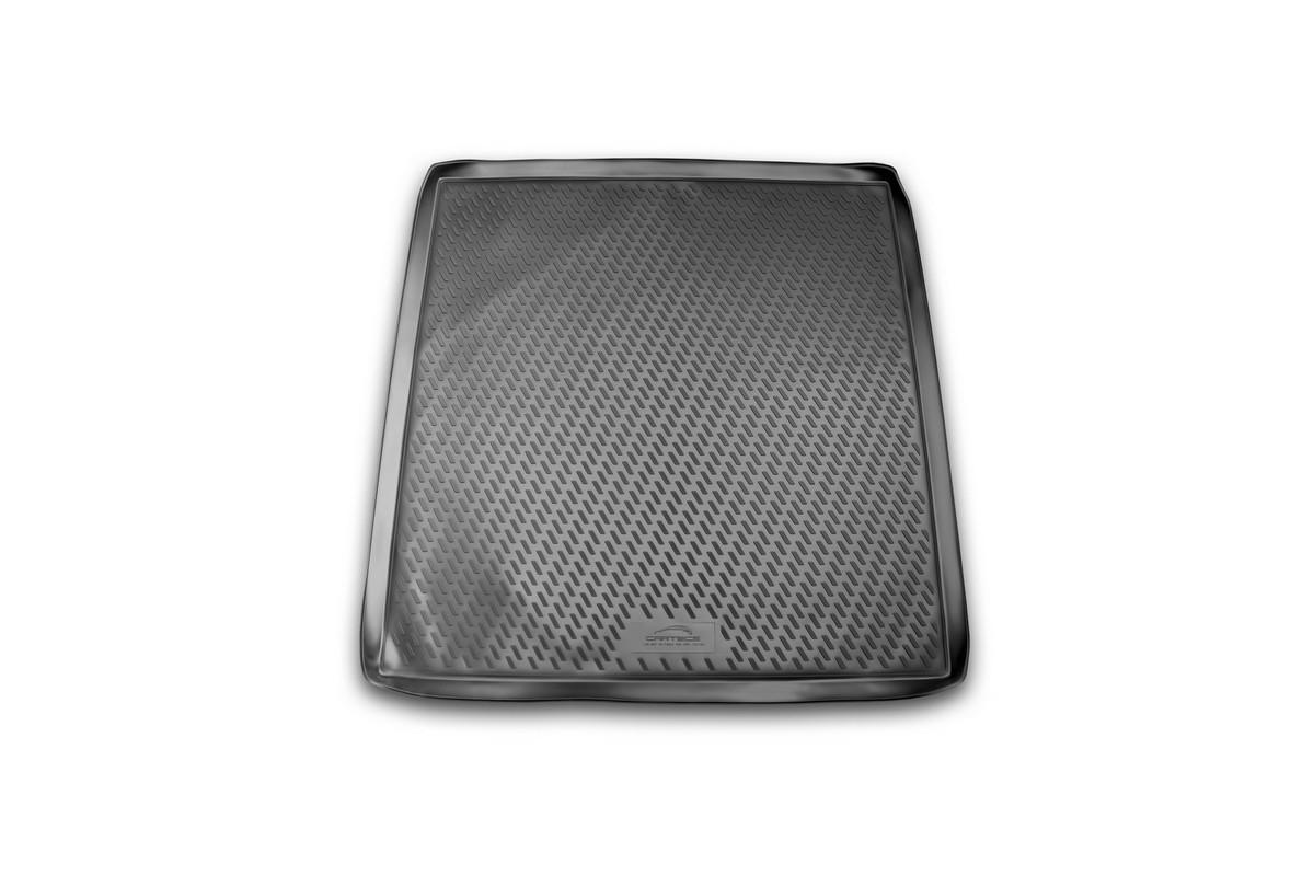 Коврик автомобильный Novline-Autofamily для Opel Vectra универсал 2003-2008, в багажникCAROPL00002Автомобильный коврик Novline-Autofamily, изготовленный из полиуретана, позволит вам без особых усилий содержать в чистоте багажный отсек вашего авто и при этом перевозить в нем абсолютно любые грузы. Этот модельный коврик идеально подойдет по размерам багажнику вашего автомобиля. Такой автомобильный коврик гарантированно защитит багажник от грязи, мусора и пыли, которые постоянно скапливаются в этом отсеке. А кроме того, поддон не пропускает влагу. Все это надолго убережет важную часть кузова от износа. Коврик в багажнике сильно упростит для вас уборку. Согласитесь, гораздо проще достать и почистить один коврик, нежели весь багажный отсек. Тем более, что поддон достаточно просто вынимается и вставляется обратно. Мыть коврик для багажника из полиуретана можно любыми чистящими средствами или просто водой. При этом много времени у вас уборка не отнимет, ведь полиуретан устойчив к загрязнениям.Если вам приходится перевозить в багажнике тяжелые грузы, за сохранность коврика можете не беспокоиться. Он сделан из прочного материала, который не деформируется при механических нагрузках и устойчив даже к экстремальным температурам. А кроме того, коврик для багажника надежно фиксируется и не сдвигается во время поездки, что является дополнительной гарантией сохранности вашего багажа.Коврик имеет форму и размеры, соответствующие модели данного автомобиля.
