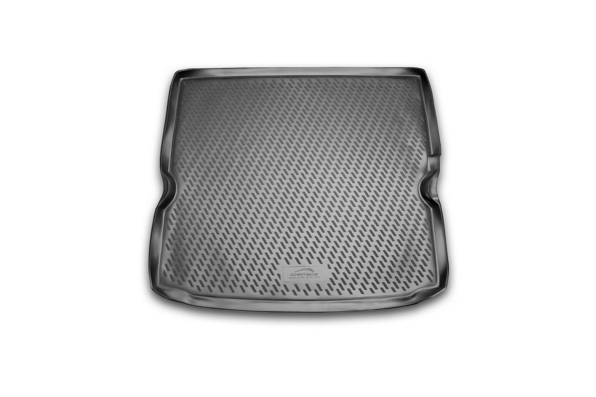 Коврик автомобильный Novline-Autofamily для Opel Zafira минивэн 2005-, в багажникCAROPL00004Автомобильный коврик Novline-Autofamily, изготовленный из полиуретана, позволит вам без особых усилий содержать в чистоте багажный отсек вашего авто и при этом перевозить в нем абсолютно любые грузы. Этот модельный коврик идеально подойдет по размерам багажнику вашего автомобиля. Такой автомобильный коврик гарантированно защитит багажник от грязи, мусора и пыли, которые постоянно скапливаются в этом отсеке. А кроме того, поддон не пропускает влагу. Все это надолго убережет важную часть кузова от износа. Коврик в багажнике сильно упростит для вас уборку. Согласитесь, гораздо проще достать и почистить один коврик, нежели весь багажный отсек. Тем более, что поддон достаточно просто вынимается и вставляется обратно. Мыть коврик для багажника из полиуретана можно любыми чистящими средствами или просто водой. При этом много времени у вас уборка не отнимет, ведь полиуретан устойчив к загрязнениям.Если вам приходится перевозить в багажнике тяжелые грузы, за сохранность коврика можете не беспокоиться. Он сделан из прочного материала, который не деформируется при механических нагрузках и устойчив даже к экстремальным температурам. А кроме того, коврик для багажника надежно фиксируется и не сдвигается во время поездки, что является дополнительной гарантией сохранности вашего багажа.Коврик имеет форму и размеры, соответствующие модели данного автомобиля.