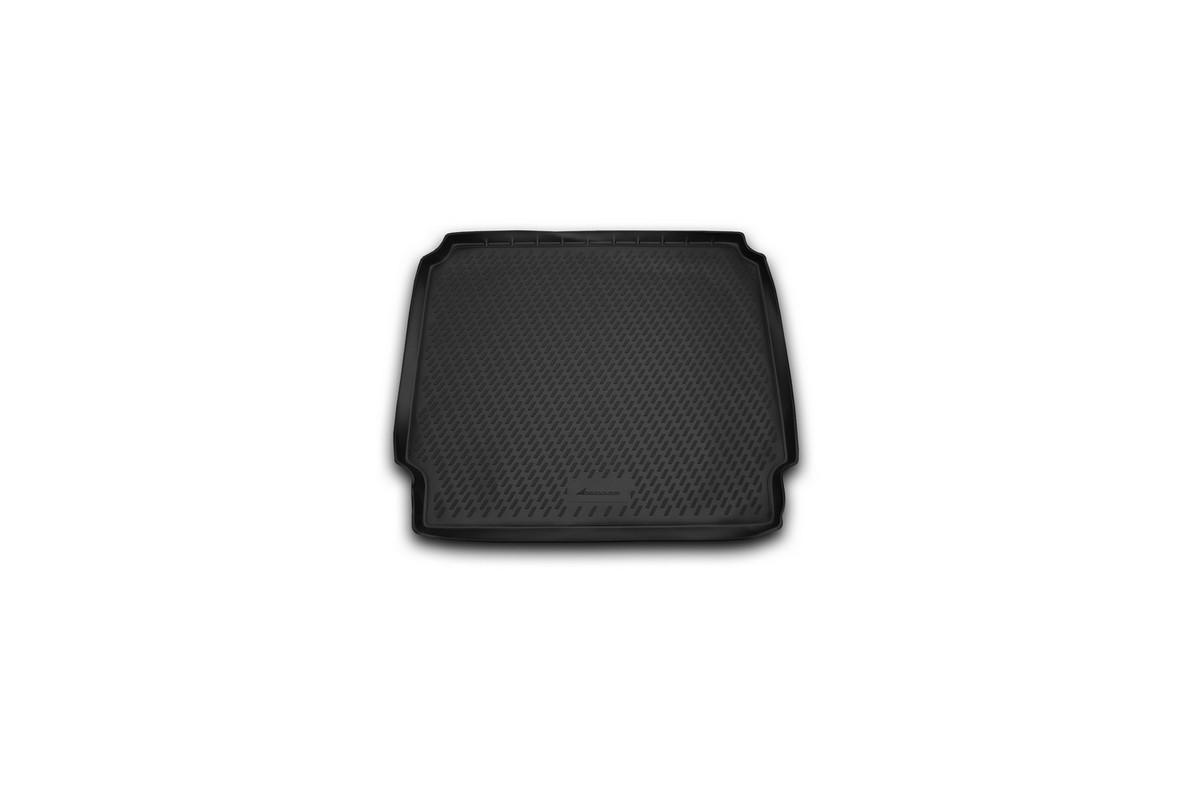 Коврик в багажник OPEL Zafira, 2012-> мв. длин. 5/7 мест. (полиуретан)CAROPL00034Автомобильный коврик в багажник позволит вам без особых усилий содержать в чистоте багажный отсек вашего авто и при этом перевозить в нем абсолютно любые грузы. Этот модельный коврик идеально подойдет по размерам багажнику вашего авто. Такой автомобильный коврик гарантированно защитит багажник вашего автомобиля от грязи, мусора и пыли, которые постоянно скапливаются в этом отсеке. А кроме того, поддон не пропускает влагу. Все это надолго убережет важную часть кузова от износа. Коврик в багажнике сильно упростит для вас уборку. Согласитесь, гораздо проще достать и почистить один коврик, нежели весь багажный отсек. Тем более, что поддон достаточно просто вынимается и вставляется обратно. Мыть коврик для багажника из полиуретана можно любыми чистящими средствами или просто водой. При этом много времени у вас уборка не отнимет, ведь полиуретан устойчив к загрязнениям.Если вам приходится перевозить в багажнике тяжелые грузы, за сохранность автоковрика можете не беспокоиться. Он сделан из прочного материала, который не деформируется при механических нагрузках и устойчив даже к экстремальным температурам. А кроме того, коврик для багажника надежно фиксируется и не сдвигается во время поездки — это дополнительная гарантия сохранности вашего багажа.
