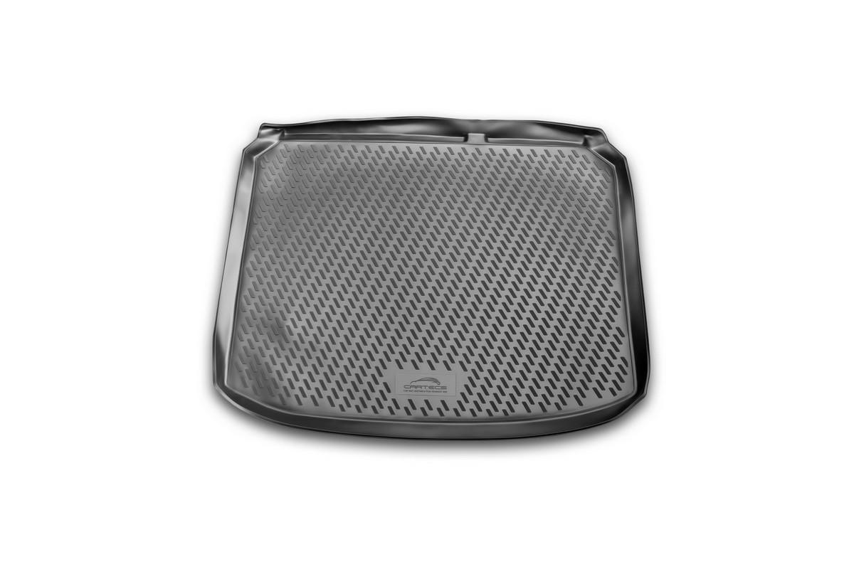 Коврик автомобильный Novline-Autofamily для Peugeot 308 хэтчбек 2007-2014, в багажник. CARPGT00002CARPGT00002Автомобильный коврик Novline-Autofamily, изготовленный из полиуретана, позволит вам без особых усилий содержать в чистоте багажный отсек вашего авто и при этом перевозить в нем абсолютно любые грузы. Этот модельный коврик идеально подойдет по размерам багажнику вашего автомобиля. Такой автомобильный коврик гарантированно защитит багажник от грязи, мусора и пыли, которые постоянно скапливаются в этом отсеке. А кроме того, поддон не пропускает влагу. Все это надолго убережет важную часть кузова от износа. Коврик в багажнике сильно упростит для вас уборку. Согласитесь, гораздо проще достать и почистить один коврик, нежели весь багажный отсек. Тем более, что поддон достаточно просто вынимается и вставляется обратно. Мыть коврик для багажника из полиуретана можно любыми чистящими средствами или просто водой. При этом много времени у вас уборка не отнимет, ведь полиуретан устойчив к загрязнениям.Если вам приходится перевозить в багажнике тяжелые грузы, за сохранность коврика можете не беспокоиться. Он сделан из прочного материала, который не деформируется при механических нагрузках и устойчив даже к экстремальным температурам. А кроме того, коврик для багажника надежно фиксируется и не сдвигается во время поездки, что является дополнительной гарантией сохранности вашего багажа.Коврик имеет форму и размеры, соответствующие модели данного автомобиля.