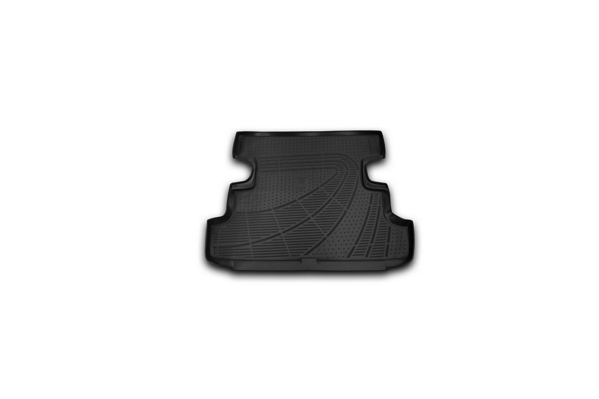 Коврик автомобильный Novline-Autofamily для Lada 4x4 5D внедорожник 2009-, в багажникE200250E1Автомобильный коврик Novline-Autofamily, изготовленный из полиуретана, позволит вам без особых усилий содержать в чистоте багажный отсек вашего авто и при этом перевозить в нем абсолютно любые грузы. Этот модельный коврик идеально подойдет по размерам багажнику вашего автомобиля. Такой автомобильный коврик гарантированно защитит багажник от грязи, мусора и пыли, которые постоянно скапливаются в этом отсеке. А кроме того, поддон не пропускает влагу. Все это надолго убережет важную часть кузова от износа. Коврик в багажнике сильно упростит для вас уборку. Согласитесь, гораздо проще достать и почистить один коврик, нежели весь багажный отсек. Тем более, что поддон достаточно просто вынимается и вставляется обратно. Мыть коврик для багажника из полиуретана можно любыми чистящими средствами или просто водой. При этом много времени у вас уборка не отнимет, ведь полиуретан устойчив к загрязнениям.Если вам приходится перевозить в багажнике тяжелые грузы, за сохранность коврика можете не беспокоиться. Он сделан из прочного материала, который не деформируется при механических нагрузках и устойчив даже к экстремальным температурам. А кроме того, коврик для багажника надежно фиксируется и не сдвигается во время поездки, что является дополнительной гарантией сохранности вашего багажа.Коврик имеет форму и размеры, соответствующие модели данного автомобиля.
