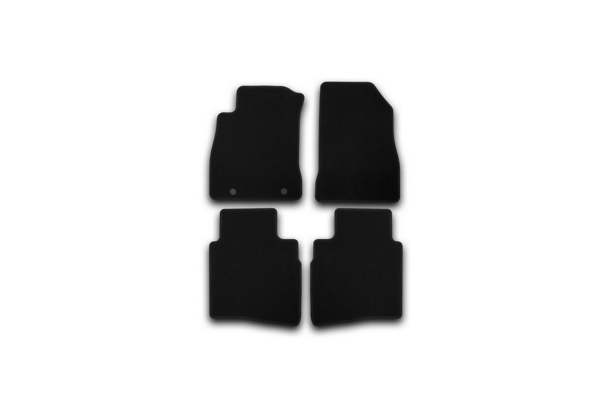 Набор автомобильных ковриков Klever для Nissan Juke 2010-, кроссовер, в салон, 4 шт. KVR01363501200kKVR01363501200kНабор автомобильных ковриков Klever, изготовленный из текстиля, состоит из 4 ковриков, которые учитывают все особенности каждой модели автомобиля и полностью повторяют контуры пола. Текстильные автомобильные коврики для салона произведены из высококачественного материала, который держит форму, прочный и не пачкает обувь. Коврики в салон не только улучшат внешний вид салона вашего автомобиля, но и надежно уберегут его от пыли, грязи и сырости, а значит, защитят кузов от коррозии. Текстильные коврики для автомобиля мягкие и приятные, а их основа из вспененного полиуретана не пропускает влагу. Ковры для автомобилей надежно крепятся на полу и не скользят, что очень важно во время движения. Чистятся коврики очень просто: как при помощи автомобильного пылесоса, так и различными моющими средствами. Набор подходит для Nissan Juke кроссовер с 2010 года выпуска.