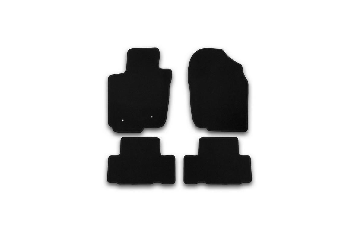 Набор автомобильных ковриков Klever для Toyota Rav 4 2010-, кроссовер, в салон, 4 шт. KVR01485501200kKVR01485501200kНабор автомобильных ковриков Klever, изготовленный из текстиля, состоит из 4 ковриков, которые учитывают все особенности каждой модели автомобиля и полностью повторяют контуры пола. Текстильные автомобильные коврики для салона произведены из высококачественного материала, который держит форму, прочный и не пачкает обувь. Коврики в салон не только улучшат внешний вид салона вашего автомобиля, но и надежно уберегут его от пыли, грязи и сырости, а значит, защитят кузов от коррозии. Текстильные коврики для автомобиля мягкие и приятные, а их основа из вспененного полиуретана не пропускает влагу. Ковры для автомобилей надежно крепятся на полу и не скользят, что очень важно во время движения. Чистятся коврики очень просто: как при помощи автомобильного пылесоса, так и различными моющими средствами. Набор подходит для Toyota Rav 4 кроссовер с 2010 года выпуска.