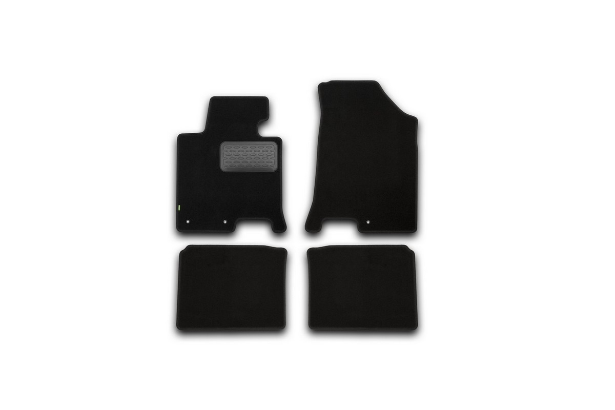 Набор автомобильных ковриков Klever для Hyundai i40 АКПП 2012-, седан, в салон, 4 шт. KVR02204701210khKVR02204701210khНабор автомобильных ковриков Klever, изготовленный из текстиля, состоит из 4 ковриков, которые учитывают все особенности каждой модели автомобиля и полностью повторяют контуры пола. Текстильные автомобильные коврики для салона произведены из высококачественного материала, который держит форму, прочный и не пачкает обувь. Коврики в салон не только улучшат внешний вид салона вашего автомобиля, но и надежно уберегут его от пыли, грязи и сырости, а значит, защитят кузов от коррозии. Текстильные коврики для автомобиля мягкие и приятные, а их основа из вспененного полиуретана не пропускает влагу. Ковры для автомобилей надежно крепятся на полу и не скользят, что очень важно во время движения. Чистятся коврики очень просто: как при помощи автомобильного пылесоса, так и различными моющими средствами. Набор подходит для Hyundai i40 АКПП седан с 2012 года выпуска.