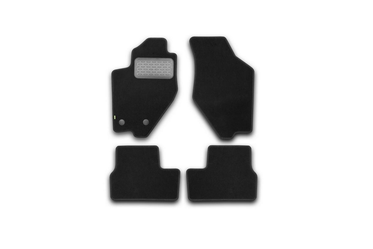 Набор автомобильных ковриков Klever для Datsun on-DO 2014-, седан, в салон, 4 штKVR02940101210khНабор автомобильных ковриков Klever, изготовленный из текстиля, состоит из 4 ковриков, которые учитывают все особенности каждой модели автомобиля и полностью повторяют контуры пола. Текстильные автомобильные коврики для салона произведены из высококачественного материала, который держит форму, прочный и не пачкает обувь. Коврики в салон не только улучшат внешний вид салона вашего автомобиля, но и надежно уберегут его от пыли, грязи и сырости, а значит, защитят кузов от коррозии. Текстильные коврики для автомобиля мягкие и приятные, а их основа из вспененного полиуретана не пропускает влагу. Ковры для автомобилей надежно крепятся на полу и не скользят, что очень важно во время движения. Чистятся коврики очень просто: как при помощи автомобильного пылесоса, так и различными моющими средствами. Набор подходит для Datsun on-DO седан с 2014 года выпуска.