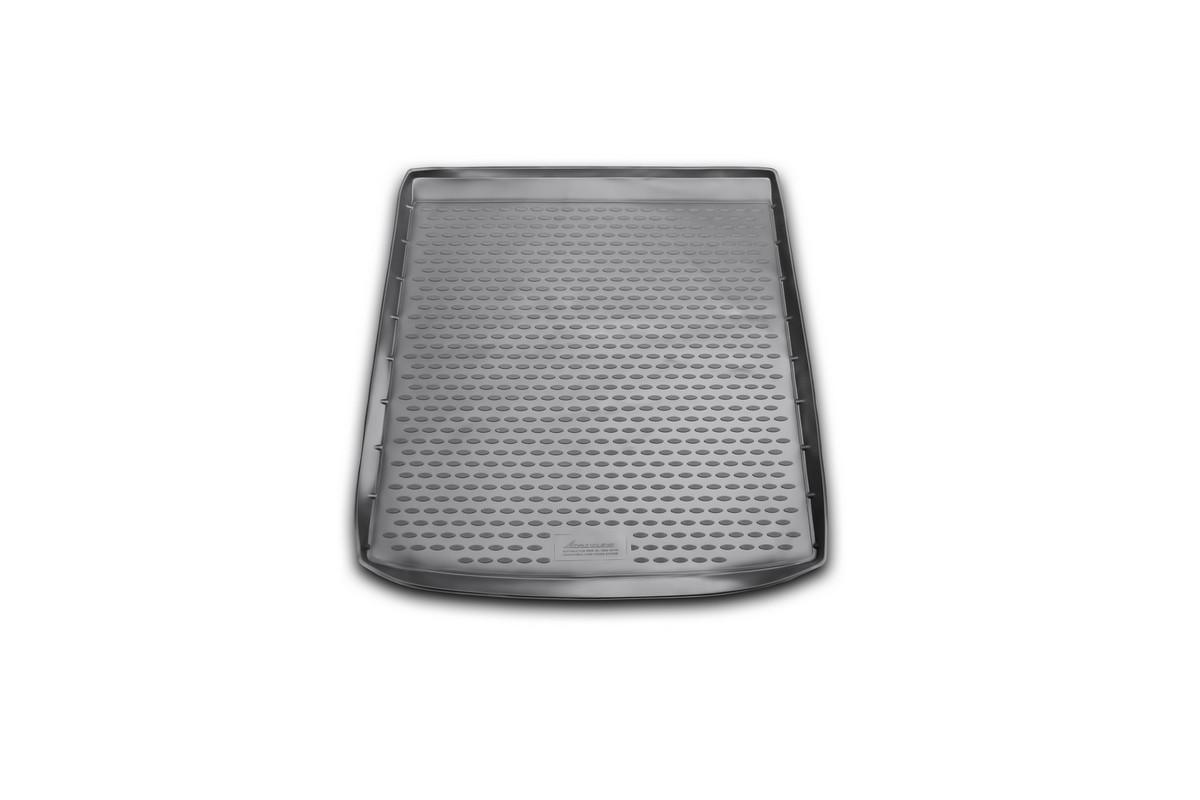 Коврик автомобильный Novline-Autofamily для BMW X6 кроссовер 2009-, с адаптивной крепежной системой груза, в багажникNLC.05.27.B12Автомобильный коврик Novline-Autofamily, изготовленный из полиуретана, позволит вам без особых усилий содержать в чистоте багажный отсек вашего авто и при этом перевозить в нем абсолютно любые грузы. Этот модельный коврик идеально подойдет по размерам багажнику вашего автомобиля. Такой автомобильный коврик гарантированно защитит багажник от грязи, мусора и пыли, которые постоянно скапливаются в этом отсеке. А кроме того, поддон не пропускает влагу. Все это надолго убережет важную часть кузова от износа. Коврик в багажнике сильно упростит для вас уборку. Согласитесь, гораздо проще достать и почистить один коврик, нежели весь багажный отсек. Тем более, что поддон достаточно просто вынимается и вставляется обратно. Мыть коврик для багажника из полиуретана можно любыми чистящими средствами или просто водой. При этом много времени у вас уборка не отнимет, ведь полиуретан устойчив к загрязнениям.Если вам приходится перевозить в багажнике тяжелые грузы, за сохранность коврика можете не беспокоиться. Он сделан из прочного материала, который не деформируется при механических нагрузках и устойчив даже к экстремальным температурам. А кроме того, коврик для багажника надежно фиксируется и не сдвигается во время поездки, что является дополнительной гарантией сохранности вашего багажа.Коврик имеет форму и размеры, соответствующие модели данного автомобиля.