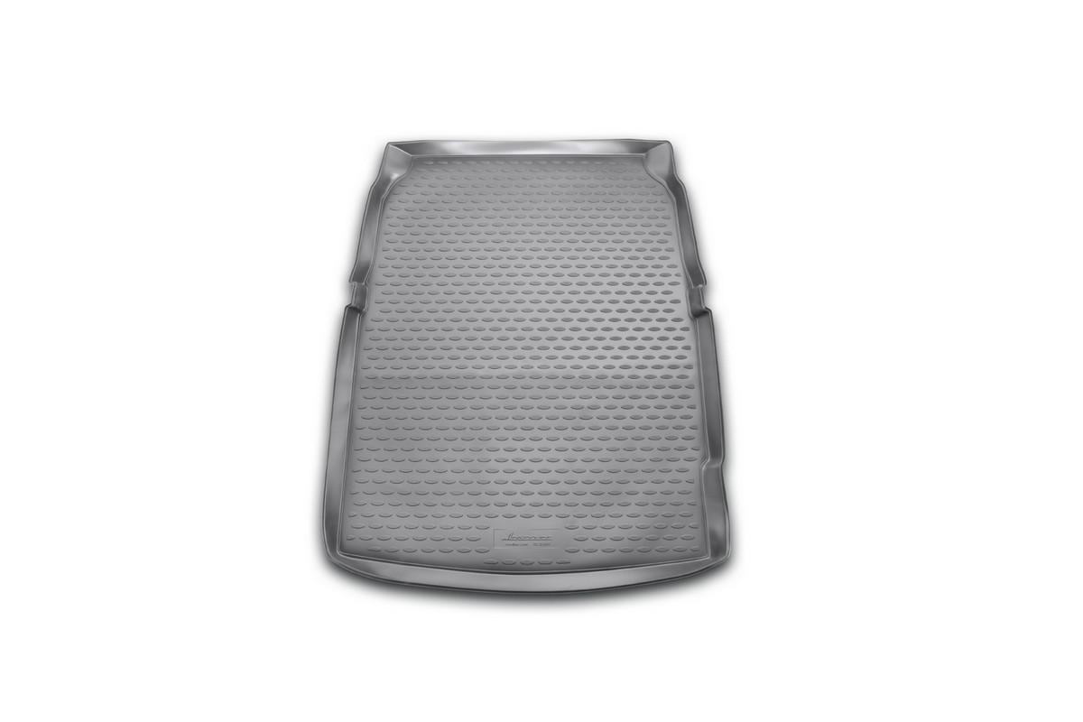 Коврик в багажник автомобиля Novline-Autofamily для BMW 5 (f10), 2010 - 2013, 2013 -NLC.05.32.B10Автомобильный коврик в багажник позволит вам без особых усилий содержать в чистоте багажный отсек вашего авто и при этом перевозить в нем абсолютно любые грузы. Такой автомобильный коврик гарантированно защитит багажник вашего автомобиля от грязи, мусора и пыли, которые постоянно скапливаются в этом отсеке. А кроме того, поддон не пропускает влагу. Все это надолго убережет важную часть кузова от износа. Мыть коврик для багажника из полиуретана можно любыми чистящими средствами или просто водой. При этом много времени уборка не отнимет, ведь полиуретан устойчив к загрязнениям.Если вам приходится перевозить в багажнике тяжелые грузы, за сохранность автоковрика можете не беспокоиться. Он сделан из прочного материала, который не деформируется при механических нагрузках и устойчив даже к экстремальным температурам. А кроме того, коврик для багажника надежно фиксируется и не сдвигается во время поездки - это дополнительная гарантия сохранности вашего багажа.