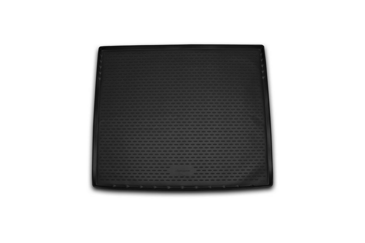 Коврик в багажник автомобиля Novline-Autofamily для Cadillac Escalade, 2015 -NLC.07.09.G13Автомобильный коврик в багажник позволит вам без особых усилий содержать в чистоте багажный отсек вашего авто и при этом перевозить в нем абсолютно любые грузы. Такой автомобильный коврик гарантированно защитит багажник вашего автомобиля от грязи, мусора и пыли, которые постоянно скапливаются в этом отсеке. А кроме того, поддон не пропускает влагу. Все это надолго убережет важную часть кузова от износа. Мыть коврик для багажника из полиуретана можно любыми чистящими средствами или просто водой. При этом много времени уборка не отнимет, ведь полиуретан устойчив к загрязнениям.Если вам приходится перевозить в багажнике тяжелые грузы, за сохранность автоковрика можете не беспокоиться. Он сделан из прочного материала, который не деформируется при механических нагрузках и устойчив даже к экстремальным температурам. А кроме того, коврик для багажника надежно фиксируется и не сдвигается во время поездки - это дополнительная гарантия сохранности вашего багажа.