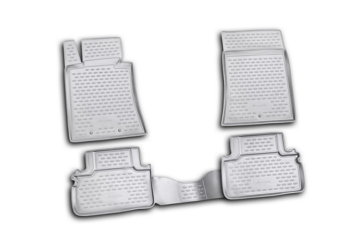 Набор автомобильных ковриков Novline-Autofamily для Hyundai Genesis Coupe 10/2009-, в салон, 4 штNLC.20.35.210kНабор автомобильных ковриков Novline-Autofamily, изготовленный из текстиля, состоит из 4 ковриков, которые учитывают все особенности каждой модели автомобиля и полностью повторяют контуры пола. Текстильные автомобильные коврики для салона произведены из высококачественного материала, который держит форму, прочный и не пачкает обувь. Коврики в салон не только улучшат внешний вид салона вашего автомобиля, но и надежно уберегут его от пыли, грязи и сырости, а значит, защитят кузов от коррозии. Текстильные коврики для автомобиля мягкие и приятные, а их основа из вспененного полиуретана не пропускает влагу. Ковры для автомобилей надежно крепятся на полу и не скользят, что очень важно во время движения. Чистятся коврики очень просто: как при помощи автомобильного пылесоса, так и различными моющими средствами. Набор подходит для Hyundai Genesis Coupe с октября 2009 года выпуска.