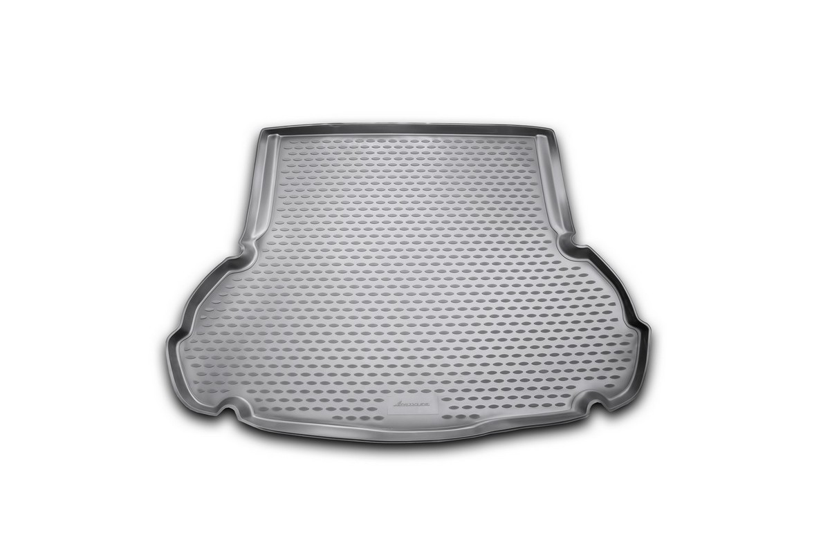 Коврик автомобильный Novline-Autofamily для Hyundai Elantra MD седан 2011-, в багажникNLC.20.46.B10Автомобильный коврик Novline-Autofamily, изготовленный из полиуретана, позволит вам без особых усилий содержать в чистоте багажный отсек вашего авто и при этом перевозить в нем абсолютно любые грузы. Этот модельный коврик идеально подойдет по размерам багажнику вашего автомобиля. Такой автомобильный коврик гарантированно защитит багажник от грязи, мусора и пыли, которые постоянно скапливаются в этом отсеке. А кроме того, поддон не пропускает влагу. Все это надолго убережет важную часть кузова от износа. Коврик в багажнике сильно упростит для вас уборку. Согласитесь, гораздо проще достать и почистить один коврик, нежели весь багажный отсек. Тем более, что поддон достаточно просто вынимается и вставляется обратно. Мыть коврик для багажника из полиуретана можно любыми чистящими средствами или просто водой. При этом много времени у вас уборка не отнимет, ведь полиуретан устойчив к загрязнениям.Если вам приходится перевозить в багажнике тяжелые грузы, за сохранность коврика можете не беспокоиться. Он сделан из прочного материала, который не деформируется при механических нагрузках и устойчив даже к экстремальным температурам. А кроме того, коврик для багажника надежно фиксируется и не сдвигается во время поездки, что является дополнительной гарантией сохранности вашего багажа.Коврик имеет форму и размеры, соответствующие модели данного автомобиля.