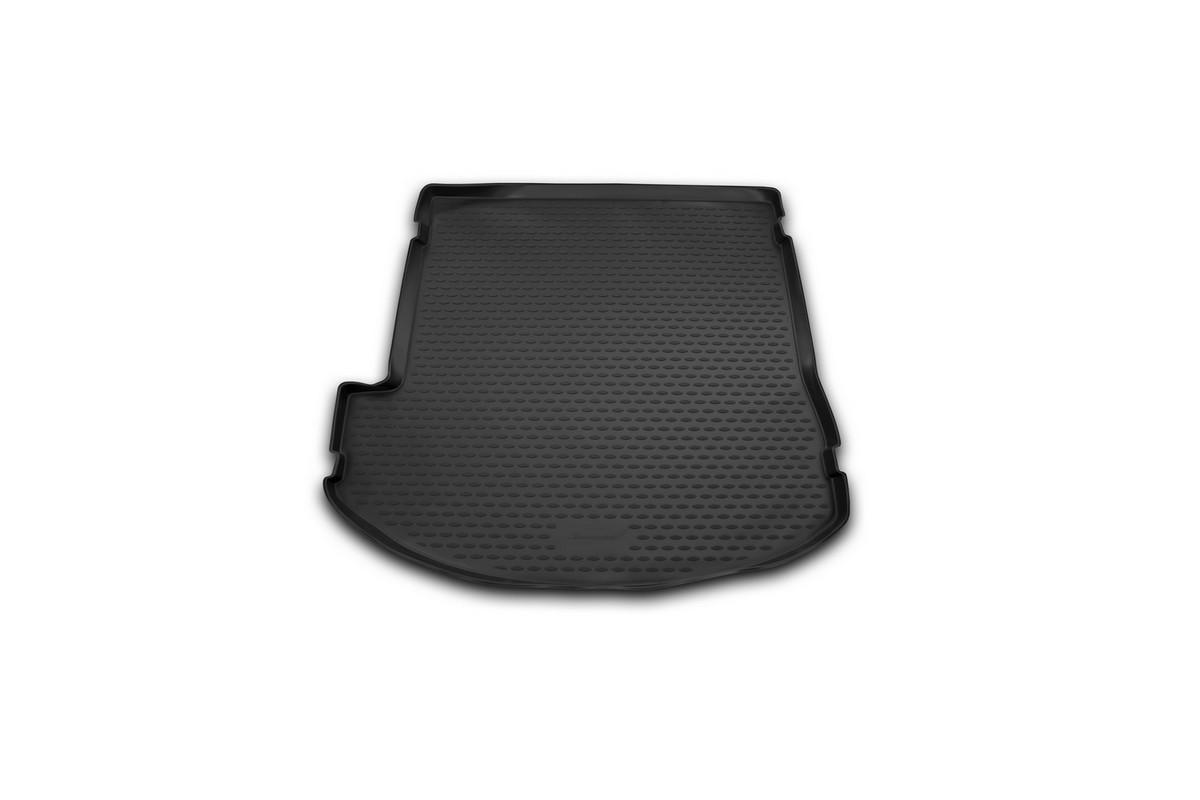 Коврик автомобильный Novline-Autofamily для Hyundai Grand Santa Fe внедорожник 2013-, в багажник. NLC.20.57.G13NLC.20.57.G13Автомобильный коврик Novline-Autofamily, изготовленный из полиуретана, позволит вам без особых усилий содержать в чистоте багажный отсек вашего авто и при этом перевозить в нем абсолютно любые грузы. Этот модельный коврик идеально подойдет по размерам багажнику вашего автомобиля. Такой автомобильный коврик гарантированно защитит багажник от грязи, мусора и пыли, которые постоянно скапливаются в этом отсеке. А кроме того, поддон не пропускает влагу. Все это надолго убережет важную часть кузова от износа. Коврик в багажнике сильно упростит для вас уборку. Согласитесь, гораздо проще достать и почистить один коврик, нежели весь багажный отсек. Тем более, что поддон достаточно просто вынимается и вставляется обратно. Мыть коврик для багажника из полиуретана можно любыми чистящими средствами или просто водой. При этом много времени у вас уборка не отнимет, ведь полиуретан устойчив к загрязнениям.Если вам приходится перевозить в багажнике тяжелые грузы, за сохранность коврика можете не беспокоиться. Он сделан из прочного материала, который не деформируется при механических нагрузках и устойчив даже к экстремальным температурам. А кроме того, коврик для багажника надежно фиксируется и не сдвигается во время поездки, что является дополнительной гарантией сохранности вашего багажа.Коврик имеет форму и размеры, соответствующие модели данного автомобиля.