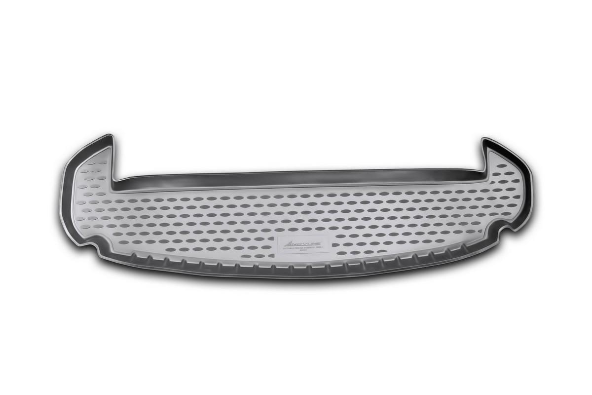 Коврик автомобильный Novline-Autofamily для Kia Sorento кроссовер 7 мест 2009-2012, в багажникNLC.25.35.B12Автомобильный коврик Novline-Autofamily, изготовленный из полиуретана, позволит вам без особых усилий содержать в чистоте багажный отсек вашего авто и при этом перевозить в нем абсолютно любые грузы. Этот модельный коврик идеально подойдет по размерам багажнику вашего автомобиля. Такой автомобильный коврик гарантированно защитит багажник от грязи, мусора и пыли, которые постоянно скапливаются в этом отсеке. А кроме того, поддон не пропускает влагу. Все это надолго убережет важную часть кузова от износа. Коврик в багажнике сильно упростит для вас уборку. Согласитесь, гораздо проще достать и почистить один коврик, нежели весь багажный отсек. Тем более, что поддон достаточно просто вынимается и вставляется обратно. Мыть коврик для багажника из полиуретана можно любыми чистящими средствами или просто водой. При этом много времени у вас уборка не отнимет, ведь полиуретан устойчив к загрязнениям.Если вам приходится перевозить в багажнике тяжелые грузы, за сохранность коврика можете не беспокоиться. Он сделан из прочного материала, который не деформируется при механических нагрузках и устойчив даже к экстремальным температурам. А кроме того, коврик для багажника надежно фиксируется и не сдвигается во время поездки, что является дополнительной гарантией сохранности вашего багажа.Коврик имеет форму и размеры, соответствующие модели данного автомобиля.