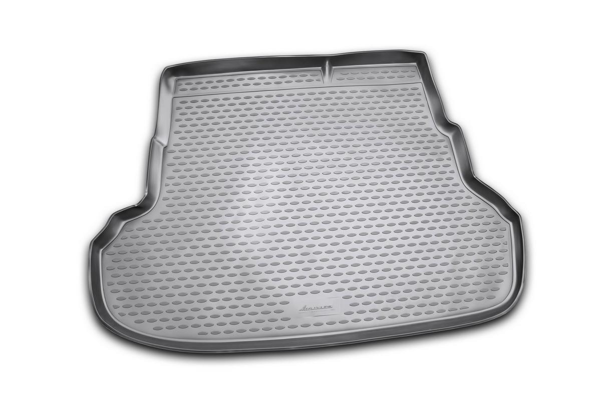 Коврик автомобильный Novline-Autofamily для Kia Rio седан 2011-, в багажникNLC.25.38.B10Автомобильный коврик Novline-Autofamily, изготовленный из полиуретана, позволит вам без особых усилий содержать в чистоте багажный отсек вашего авто и при этом перевозить в нем абсолютно любые грузы. Этот модельный коврик идеально подойдет по размерам багажнику вашего автомобиля. Такой автомобильный коврик гарантированно защитит багажник от грязи, мусора и пыли, которые постоянно скапливаются в этом отсеке. А кроме того, поддон не пропускает влагу. Все это надолго убережет важную часть кузова от износа. Коврик в багажнике сильно упростит для вас уборку. Согласитесь, гораздо проще достать и почистить один коврик, нежели весь багажный отсек. Тем более, что поддон достаточно просто вынимается и вставляется обратно. Мыть коврик для багажника из полиуретана можно любыми чистящими средствами или просто водой. При этом много времени у вас уборка не отнимет, ведь полиуретан устойчив к загрязнениям.Если вам приходится перевозить в багажнике тяжелые грузы, за сохранность коврика можете не беспокоиться. Он сделан из прочного материала, который не деформируется при механических нагрузках и устойчив даже к экстремальным температурам. А кроме того, коврик для багажника надежно фиксируется и не сдвигается во время поездки, что является дополнительной гарантией сохранности вашего багажа.Коврик имеет форму и размеры, соответствующие модели данного автомобиля.
