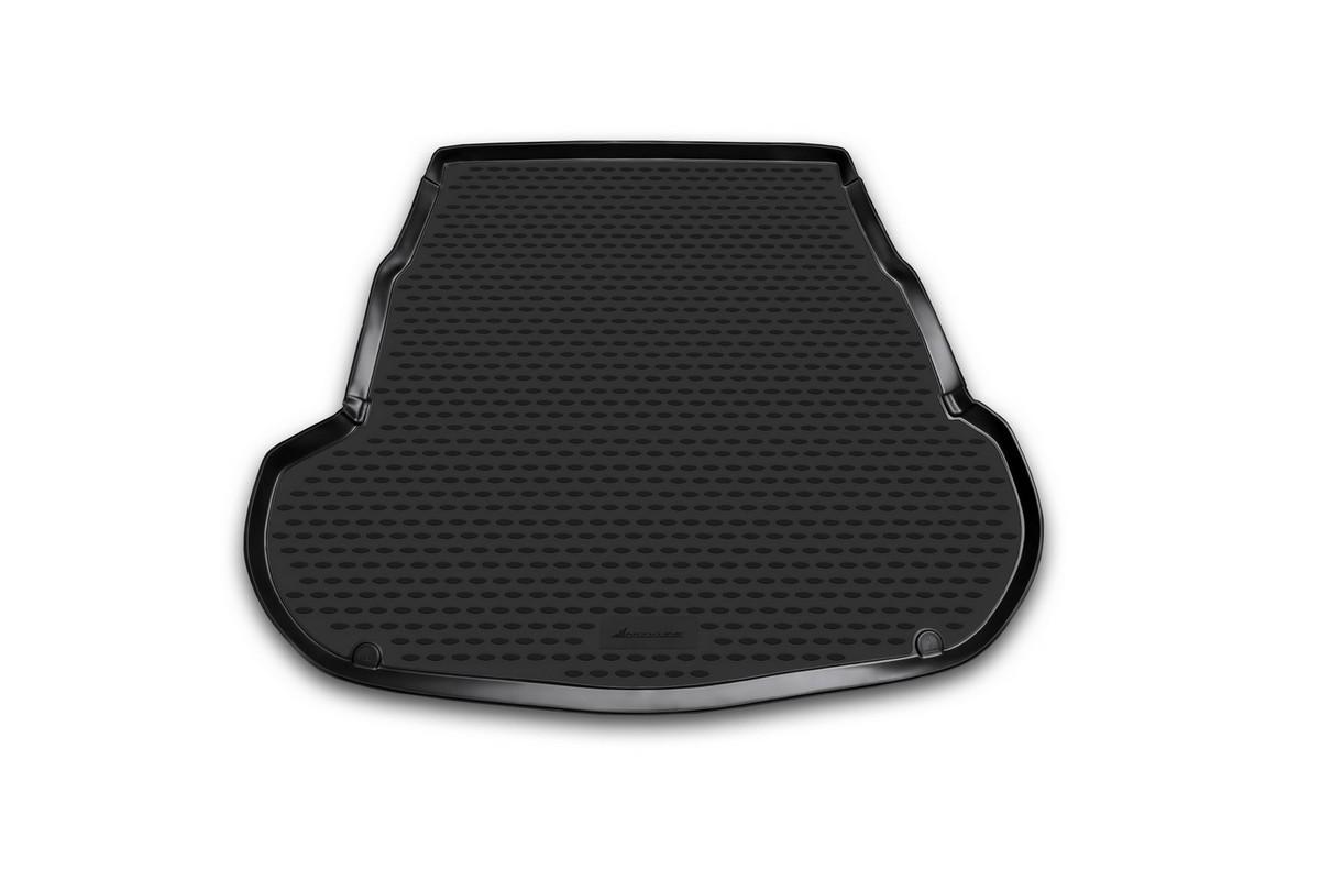 Коврик автомобильный Novline-Autofamily для Kia Optima седан 2011-, в багажникNLC.25.41.B10Автомобильный коврик Novline-Autofamily, изготовленный из полиуретана, позволит вам без особых усилий содержать в чистоте багажный отсек вашего авто и при этом перевозить в нем абсолютно любые грузы. Этот модельный коврик идеально подойдет по размерам багажнику вашего автомобиля. Такой автомобильный коврик гарантированно защитит багажник от грязи, мусора и пыли, которые постоянно скапливаются в этом отсеке. А кроме того, поддон не пропускает влагу. Все это надолго убережет важную часть кузова от износа. Коврик в багажнике сильно упростит для вас уборку. Согласитесь, гораздо проще достать и почистить один коврик, нежели весь багажный отсек. Тем более, что поддон достаточно просто вынимается и вставляется обратно. Мыть коврик для багажника из полиуретана можно любыми чистящими средствами или просто водой. При этом много времени у вас уборка не отнимет, ведь полиуретан устойчив к загрязнениям.Если вам приходится перевозить в багажнике тяжелые грузы, за сохранность коврика можете не беспокоиться. Он сделан из прочного материала, который не деформируется при механических нагрузках и устойчив даже к экстремальным температурам. А кроме того, коврик для багажника надежно фиксируется и не сдвигается во время поездки, что является дополнительной гарантией сохранности вашего багажа.Коврик имеет форму и размеры, соответствующие модели данного автомобиля.