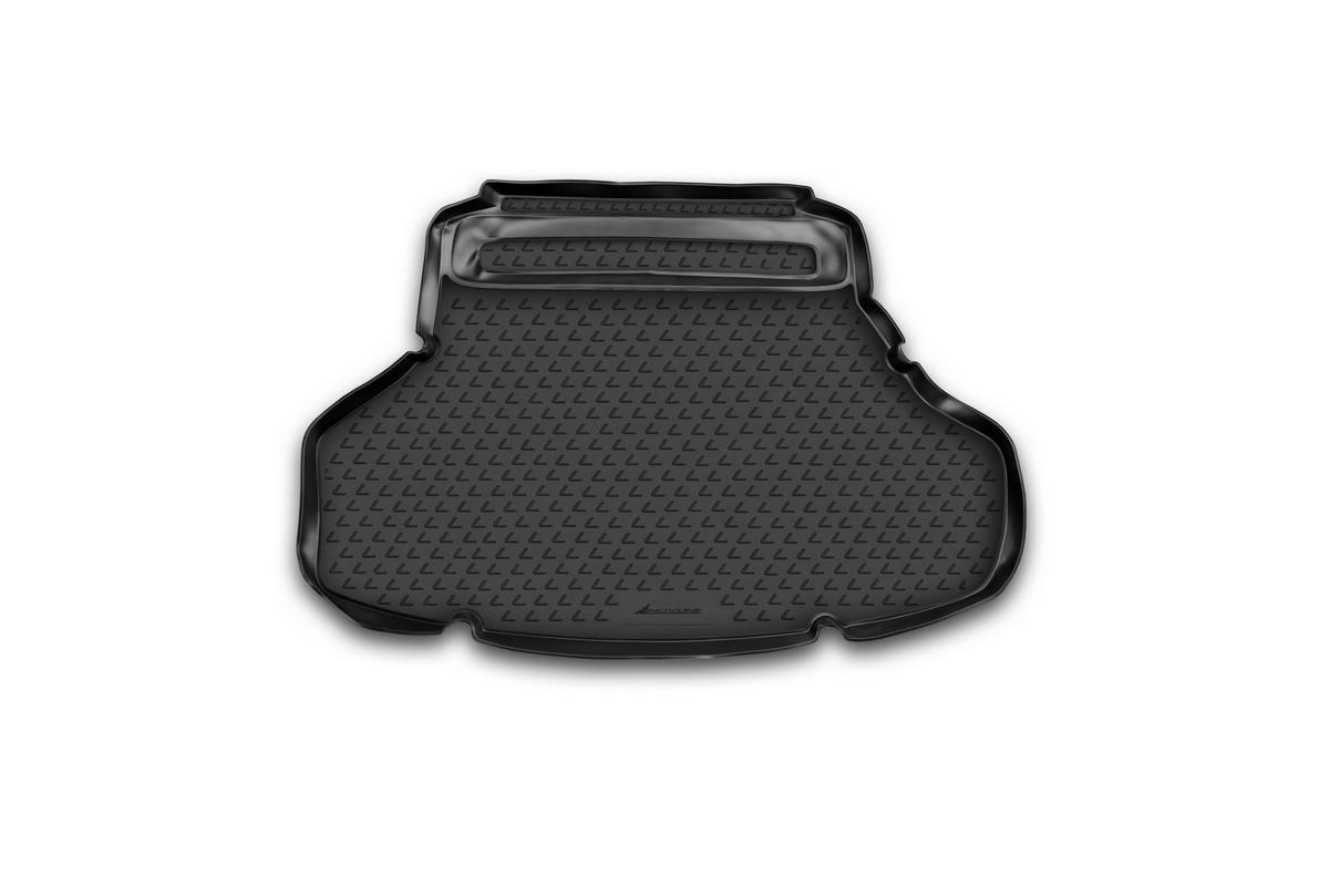 Коврик автомобильный Novline-Autofamily для Lexus ES 250 / 350 седан 2012-, в багажникNLC.29.26.B10Автомобильный коврик Novline-Autofamily, изготовленный из полиуретана, позволит вам без особых усилий содержать в чистоте багажный отсек вашего авто и при этом перевозить в нем абсолютно любые грузы. Этот модельный коврик идеально подойдет по размерам багажнику вашего автомобиля. Такой автомобильный коврик гарантированно защитит багажник от грязи, мусора и пыли, которые постоянно скапливаются в этом отсеке. А кроме того, поддон не пропускает влагу. Все это надолго убережет важную часть кузова от износа. Коврик в багажнике сильно упростит для вас уборку. Согласитесь, гораздо проще достать и почистить один коврик, нежели весь багажный отсек. Тем более, что поддон достаточно просто вынимается и вставляется обратно. Мыть коврик для багажника из полиуретана можно любыми чистящими средствами или просто водой. При этом много времени у вас уборка не отнимет, ведь полиуретан устойчив к загрязнениям.Если вам приходится перевозить в багажнике тяжелые грузы, за сохранность коврика можете не беспокоиться. Он сделан из прочного материала, который не деформируется при механических нагрузках и устойчив даже к экстремальным температурам. А кроме того, коврик для багажника надежно фиксируется и не сдвигается во время поездки, что является дополнительной гарантией сохранности вашего багажа.Коврик имеет форму и размеры, соответствующие модели данного автомобиля.