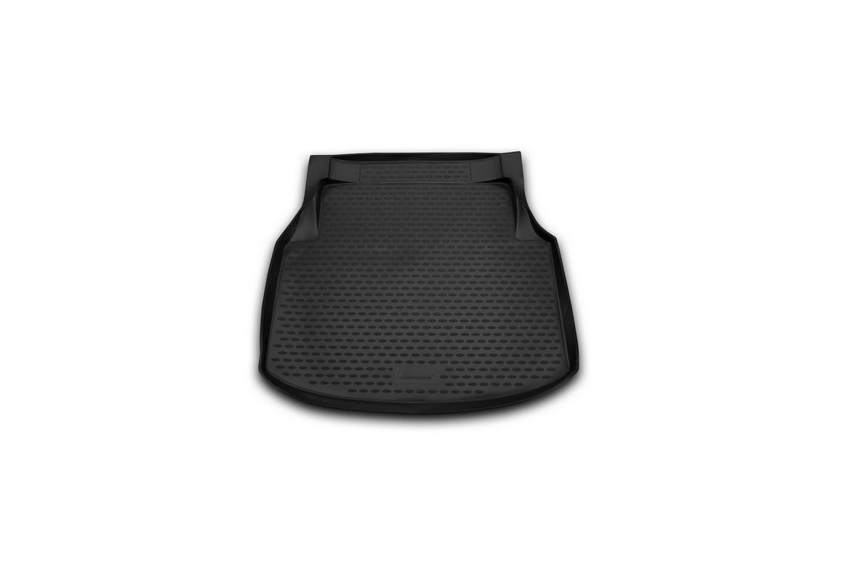 Коврик автомобильный Novline-Autofamily для Mercedes-Benz С-Klasse W204 седан 2007-2014, в багажникNLC.34.27.B10Автомобильный коврик Novline-Autofamily, изготовленный из полиуретана, позволит вам без особых усилий содержать в чистоте багажный отсек вашего авто и при этом перевозить в нем абсолютно любые грузы. Этот модельный коврик идеально подойдет по размерам багажнику вашего автомобиля. Такой автомобильный коврик гарантированно защитит багажник от грязи, мусора и пыли, которые постоянно скапливаются в этом отсеке. А кроме того, поддон не пропускает влагу. Все это надолго убережет важную часть кузова от износа. Коврик в багажнике сильно упростит для вас уборку. Согласитесь, гораздо проще достать и почистить один коврик, нежели весь багажный отсек. Тем более, что поддон достаточно просто вынимается и вставляется обратно. Мыть коврик для багажника из полиуретана можно любыми чистящими средствами или просто водой. При этом много времени у вас уборка не отнимет, ведь полиуретан устойчив к загрязнениям.Если вам приходится перевозить в багажнике тяжелые грузы, за сохранность коврика можете не беспокоиться. Он сделан из прочного материала, который не деформируется при механических нагрузках и устойчив даже к экстремальным температурам. А кроме того, коврик для багажника надежно фиксируется и не сдвигается во время поездки, что является дополнительной гарантией сохранности вашего багажа.Коврик имеет форму и размеры, соответствующие модели данного автомобиля.