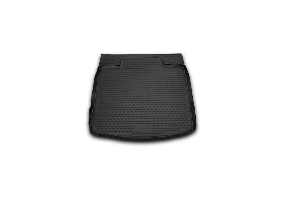 Коврик в багажник OPEL Insignia 2008->, колесо с докаткой сед. (полиуретан). NLC.37.22.B10NLC.37.22.B10Автомобильный коврик в багажник позволит вам без особых усилий содержать в чистоте багажный отсек вашего авто и при этом перевозить в нем абсолютно любые грузы. Этот модельный коврик идеально подойдет по размерам багажнику вашего авто. Такой автомобильный коврик гарантированно защитит багажник вашего автомобиля от грязи, мусора и пыли, которые постоянно скапливаются в этом отсеке. А кроме того, поддон не пропускает влагу. Все это надолго убережет важную часть кузова от износа. Коврик в багажнике сильно упростит для вас уборку. Согласитесь, гораздо проще достать и почистить один коврик, нежели весь багажный отсек. Тем более, что поддон достаточно просто вынимается и вставляется обратно. Мыть коврик для багажника из полиуретана можно любыми чистящими средствами или просто водой. При этом много времени у вас уборка не отнимет, ведь полиуретан устойчив к загрязнениям.Если вам приходится перевозить в багажнике тяжелые грузы, за сохранность автоковрика можете не беспокоиться. Он сделан из прочного материала, который не деформируется при механических нагрузках и устойчив даже к экстремальным температурам. А кроме того, коврик для багажника надежно фиксируется и не сдвигается во время поездки — это дополнительная гарантия сохранности вашего багажа.