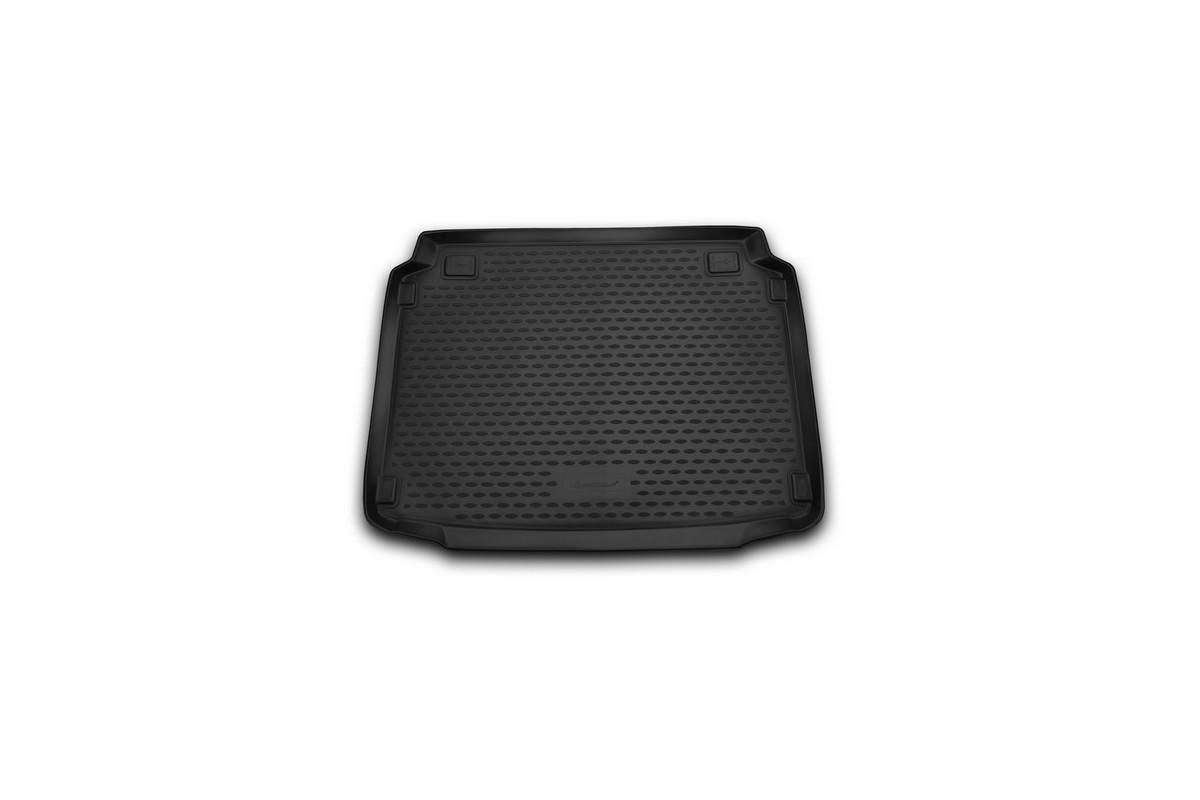 Коврик автомобильный Novline-Autofamily для Peugeot 308 хэтчбек 2014-, в багажникNLC.38.28.B11Автомобильный коврик Novline-Autofamily, изготовленный из полиуретана, позволит вам без особых усилий содержать в чистоте багажный отсек вашего авто и при этом перевозить в нем абсолютно любые грузы. Этот модельный коврик идеально подойдет по размерам багажнику вашего автомобиля. Такой автомобильный коврик гарантированно защитит багажник от грязи, мусора и пыли, которые постоянно скапливаются в этом отсеке. А кроме того, поддон не пропускает влагу. Все это надолго убережет важную часть кузова от износа. Коврик в багажнике сильно упростит для вас уборку. Согласитесь, гораздо проще достать и почистить один коврик, нежели весь багажный отсек. Тем более, что поддон достаточно просто вынимается и вставляется обратно. Мыть коврик для багажника из полиуретана можно любыми чистящими средствами или просто водой. При этом много времени у вас уборка не отнимет, ведь полиуретан устойчив к загрязнениям.Если вам приходится перевозить в багажнике тяжелые грузы, за сохранность коврика можете не беспокоиться. Он сделан из прочного материала, который не деформируется при механических нагрузках и устойчив даже к экстремальным температурам. А кроме того, коврик для багажника надежно фиксируется и не сдвигается во время поездки, что является дополнительной гарантией сохранности вашего багажа.Коврик имеет форму и размеры, соответствующие модели данного автомобиля.