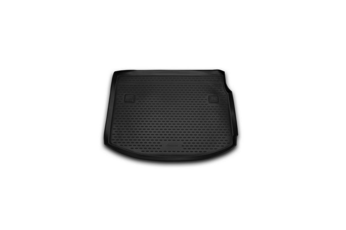 Коврик автомобильный Novline-Autofamily для Renault Megane 3 хэтчбек 2010-, в багажникNLC.41.16.B11Автомобильный коврик Novline-Autofamily, изготовленный из полиуретана, позволит вам без особых усилий содержать в чистоте багажный отсек вашего авто и при этом перевозить в нем абсолютно любые грузы. Этот модельный коврик идеально подойдет по размерам багажнику вашего автомобиля. Такой автомобильный коврик гарантированно защитит багажник от грязи, мусора и пыли, которые постоянно скапливаются в этом отсеке. А кроме того, поддон не пропускает влагу. Все это надолго убережет важную часть кузова от износа. Коврик в багажнике сильно упростит для вас уборку. Согласитесь, гораздо проще достать и почистить один коврик, нежели весь багажный отсек. Тем более, что поддон достаточно просто вынимается и вставляется обратно. Мыть коврик для багажника из полиуретана можно любыми чистящими средствами или просто водой. При этом много времени у вас уборка не отнимет, ведь полиуретан устойчив к загрязнениям.Если вам приходится перевозить в багажнике тяжелые грузы, за сохранность коврика можете не беспокоиться. Он сделан из прочного материала, который не деформируется при механических нагрузках и устойчив даже к экстремальным температурам. А кроме того, коврик для багажника надежно фиксируется и не сдвигается во время поездки, что является дополнительной гарантией сохранности вашего багажа.Коврик имеет форму и размеры, соответствующие модели данного автомобиля.