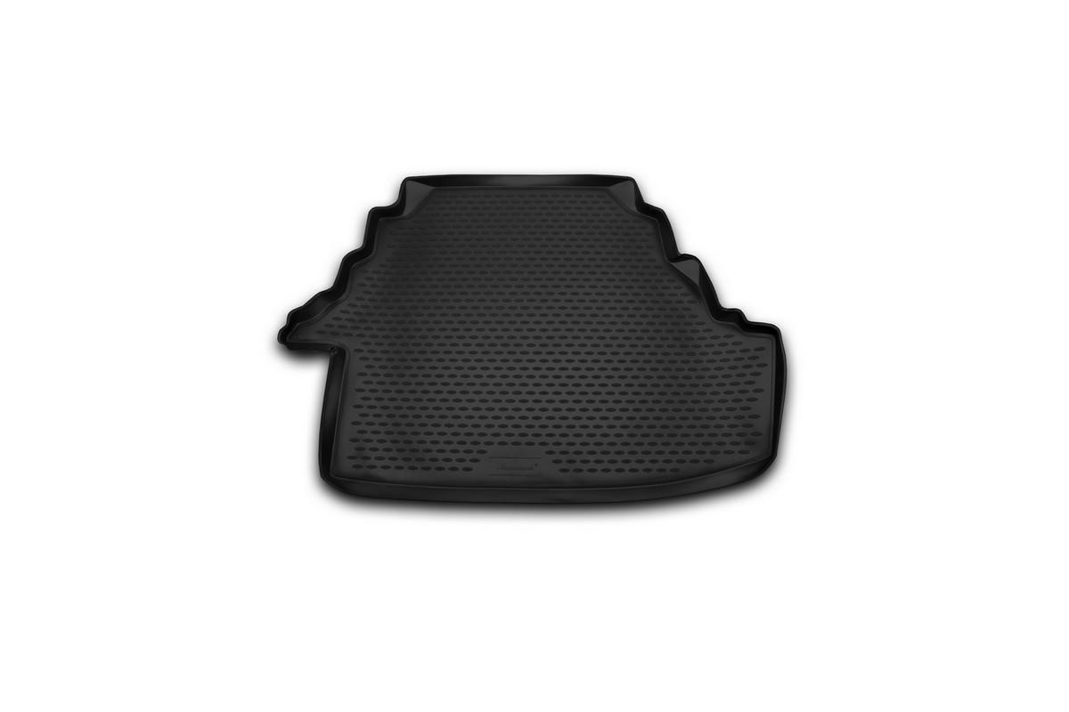 Коврик автомобильный Novline-Autofamily для Toyota Camry 3,5 L седан 2007, 2006-2012, 2011, в багажник. NLC.48.14.B10NLC.48.14.B10Автомобильный коврик Novline-Autofamily, изготовленный из полиуретана, позволит вам без особых усилий содержать в чистоте багажный отсек вашего авто и при этом перевозить в нем абсолютно любые грузы. Этот модельный коврик идеально подойдет по размерам багажнику вашего автомобиля. Такой автомобильный коврик гарантированно защитит багажник от грязи, мусора и пыли, которые постоянно скапливаются в этом отсеке. А кроме того, поддон не пропускает влагу. Все это надолго убережет важную часть кузова от износа. Коврик в багажнике сильно упростит для вас уборку. Согласитесь, гораздо проще достать и почистить один коврик, нежели весь багажный отсек. Тем более, что поддон достаточно просто вынимается и вставляется обратно. Мыть коврик для багажника из полиуретана можно любыми чистящими средствами или просто водой. При этом много времени у вас уборка не отнимет, ведь полиуретан устойчив к загрязнениям.Если вам приходится перевозить в багажнике тяжелые грузы, за сохранность коврика можете не беспокоиться. Он сделан из прочного материала, который не деформируется при механических нагрузках и устойчив даже к экстремальным температурам. А кроме того, коврик для багажника надежно фиксируется и не сдвигается во время поездки, что является дополнительной гарантией сохранности вашего багажа.Коврик имеет форму и размеры, соответствующие модели данного автомобиля.