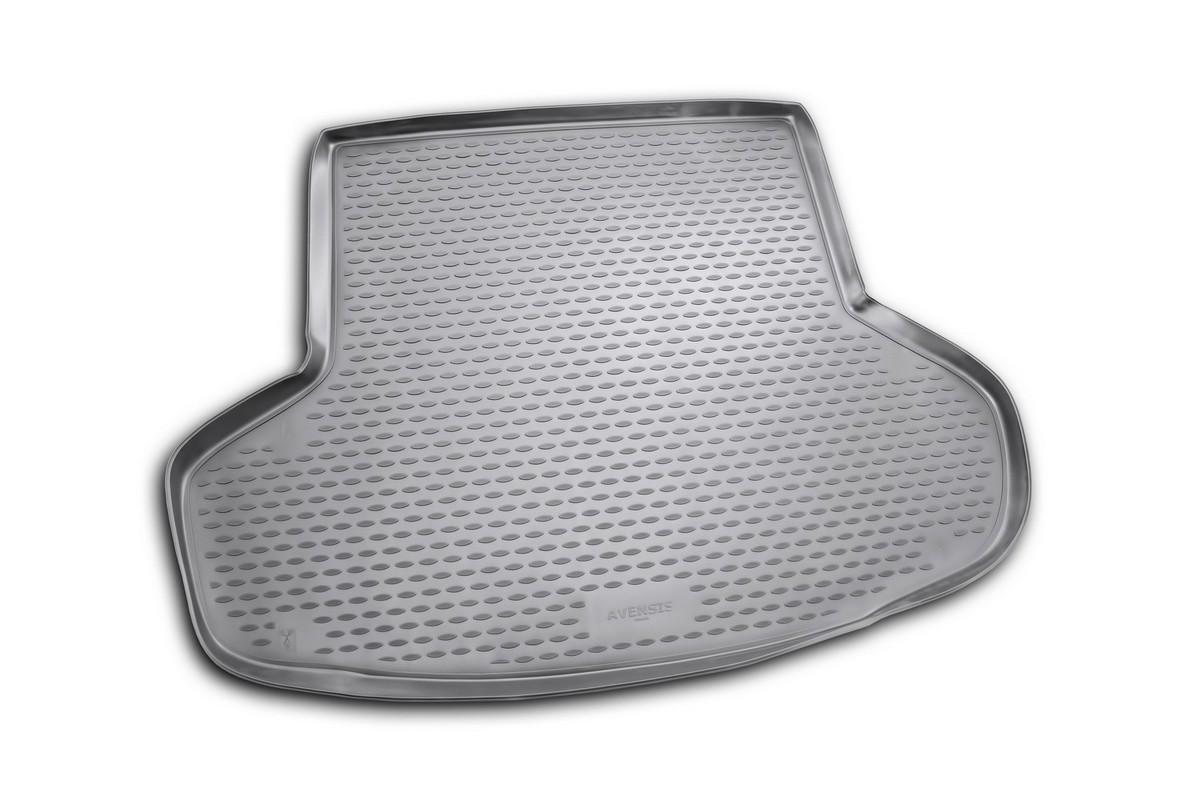 Коврик автомобильный Novline-Autofamily для Toyota Avensis 5D универсал 01/2009-, в багажник. NLC.48.19.B12NLC.48.19.B12Автомобильный коврик Novline-Autofamily, изготовленный из полиуретана, позволит вам без особых усилий содержать в чистоте багажный отсек вашего авто и при этом перевозить в нем абсолютно любые грузы. Этот модельный коврик идеально подойдет по размерам багажнику вашего автомобиля. Такой автомобильный коврик гарантированно защитит багажник от грязи, мусора и пыли, которые постоянно скапливаются в этом отсеке. А кроме того, поддон не пропускает влагу. Все это надолго убережет важную часть кузова от износа. Коврик в багажнике сильно упростит для вас уборку. Согласитесь, гораздо проще достать и почистить один коврик, нежели весь багажный отсек. Тем более, что поддон достаточно просто вынимается и вставляется обратно. Мыть коврик для багажника из полиуретана можно любыми чистящими средствами или просто водой. При этом много времени у вас уборка не отнимет, ведь полиуретан устойчив к загрязнениям.Если вам приходится перевозить в багажнике тяжелые грузы, за сохранность коврика можете не беспокоиться. Он сделан из прочного материала, который не деформируется при механических нагрузках и устойчив даже к экстремальным температурам. А кроме того, коврик для багажника надежно фиксируется и не сдвигается во время поездки, что является дополнительной гарантией сохранности вашего багажа.Коврик имеет форму и размеры, соответствующие модели данного автомобиля.